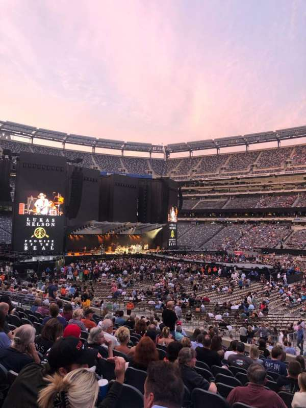 MetLife Stadium, section: 137, row: 21, seat: 1
