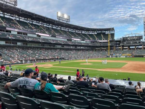Guaranteed Rate Field, section: 123, row: 16, seat: 1