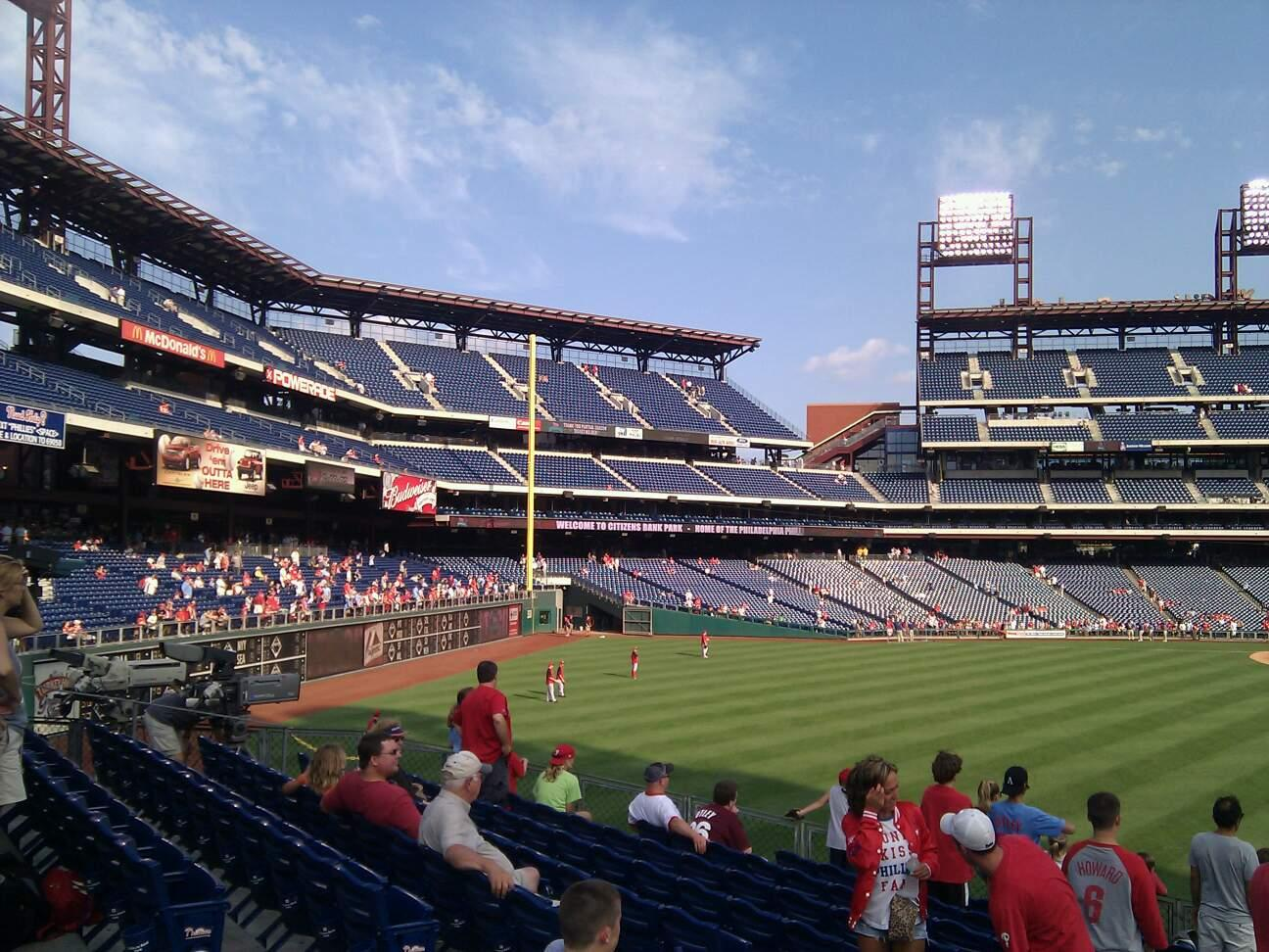 Citizens Bank Park Section 147 Row 15 Seat 13