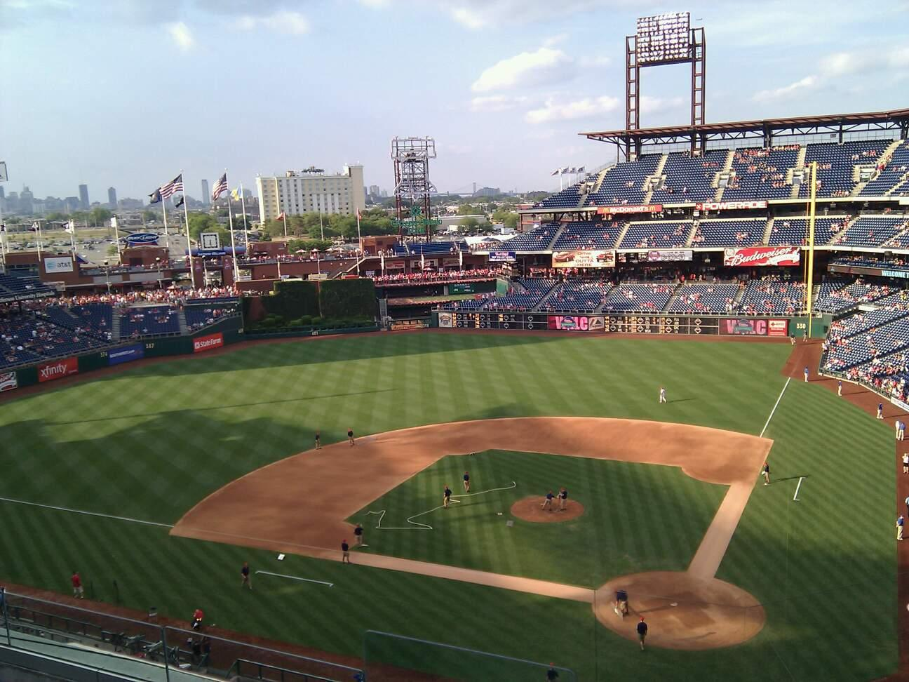 Citizens Bank Park Section 323 Row 5 Seat 10