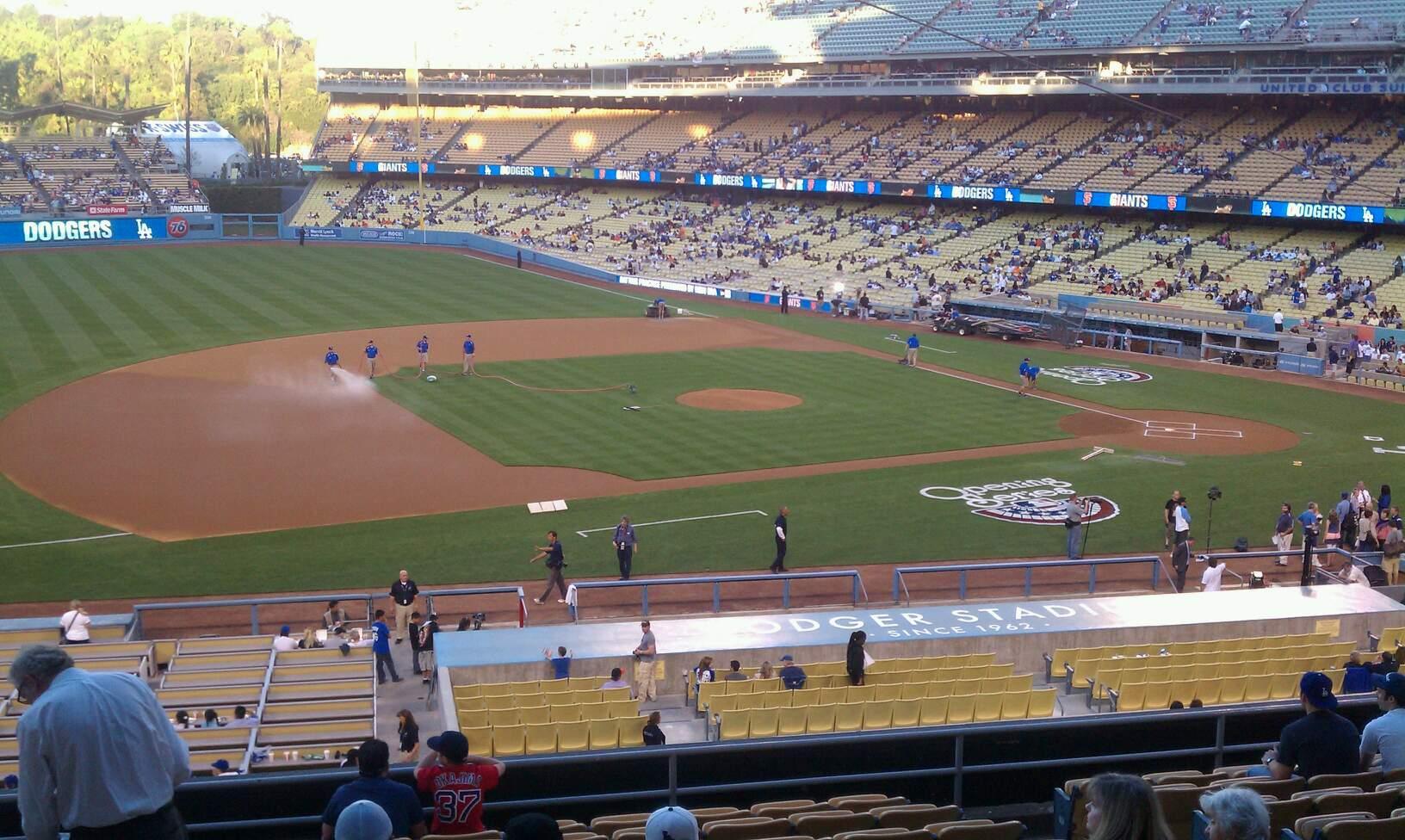 Dodger Stadium Section 139lg Row m Seat 6