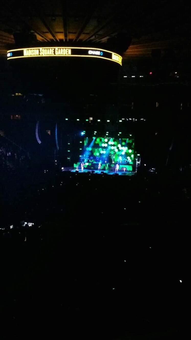 Madison Square Garden Section 206 Row 1 Seat 3