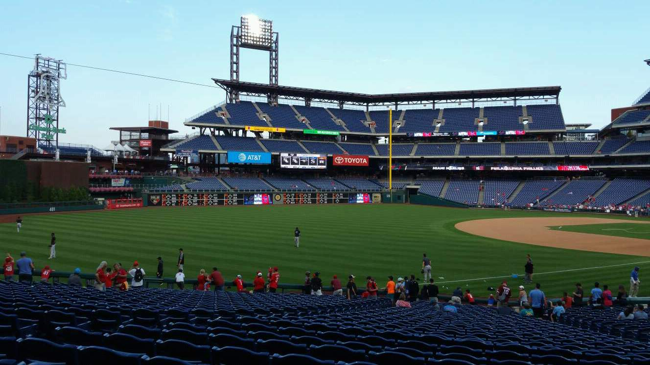 Citizens Bank Park Section 137 Row 32 Seat 12