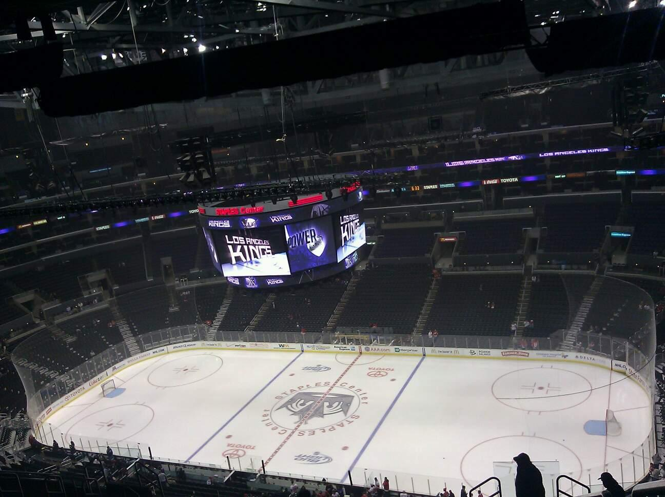 Staples Center Section 333 Row 1 Seat 11