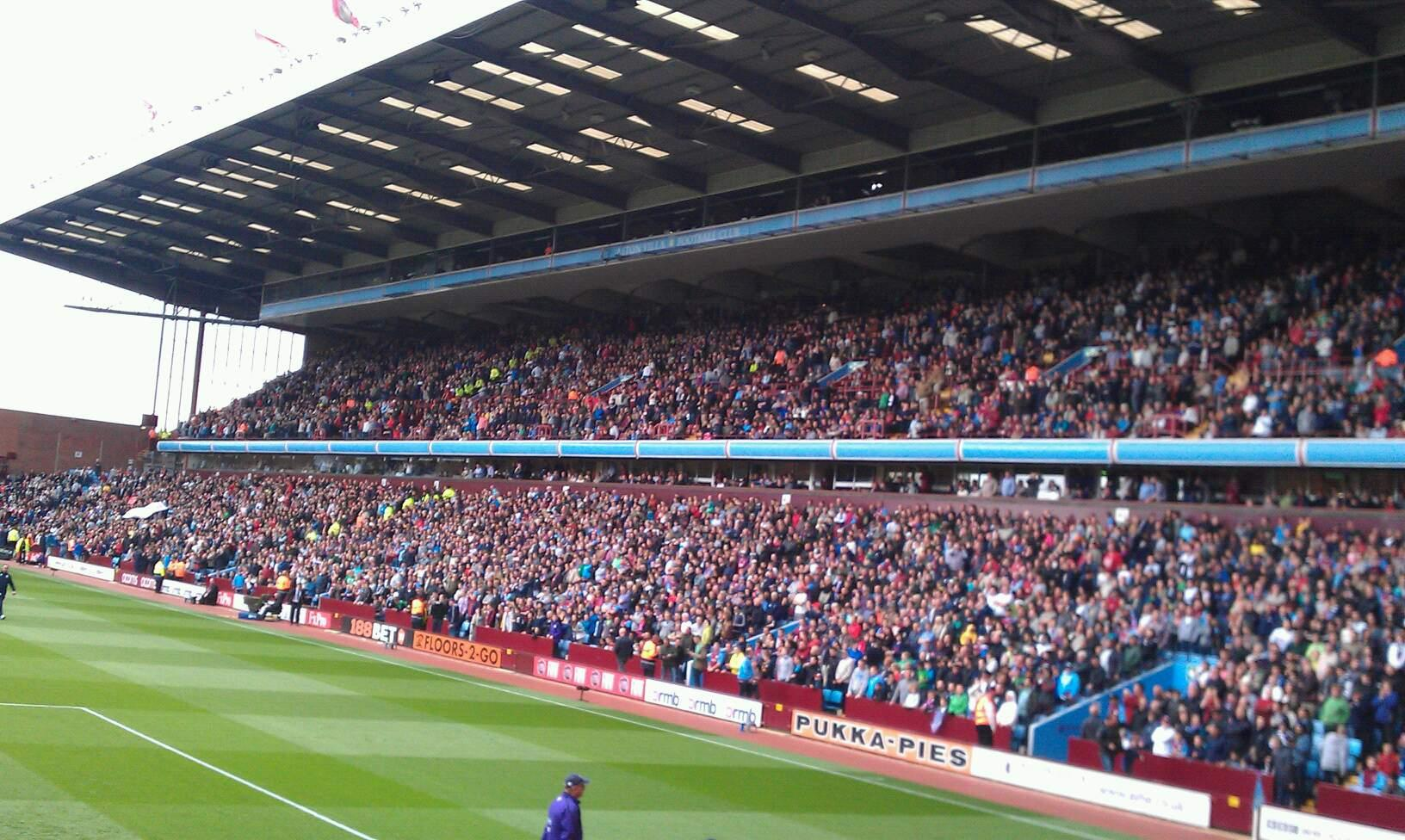 Villa Park Section L3 Row O Seat 103
