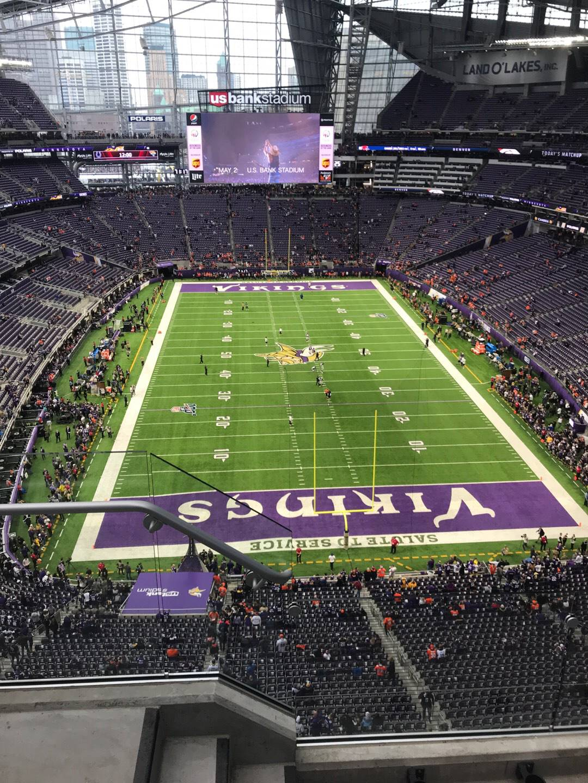 U.S. Bank Stadium Section 327 Row 3 Seat 19