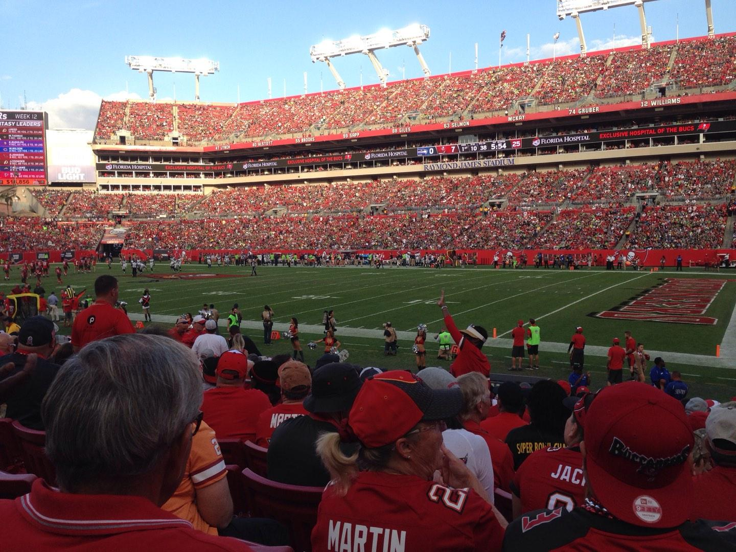 Raymond James Stadium Section 115 Row R Seat 9