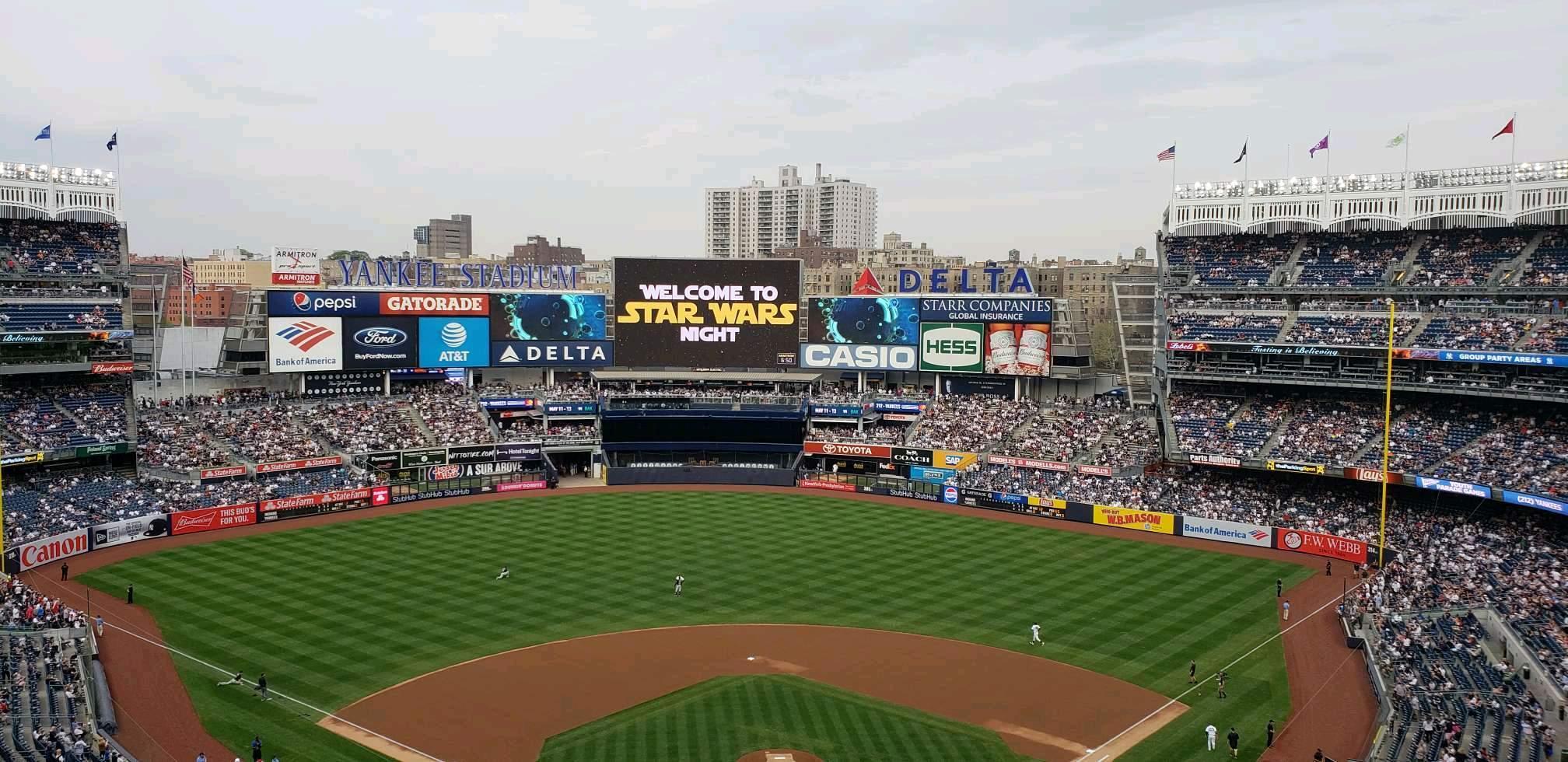 Yankee Stadium Section 320C Row W Seat 1