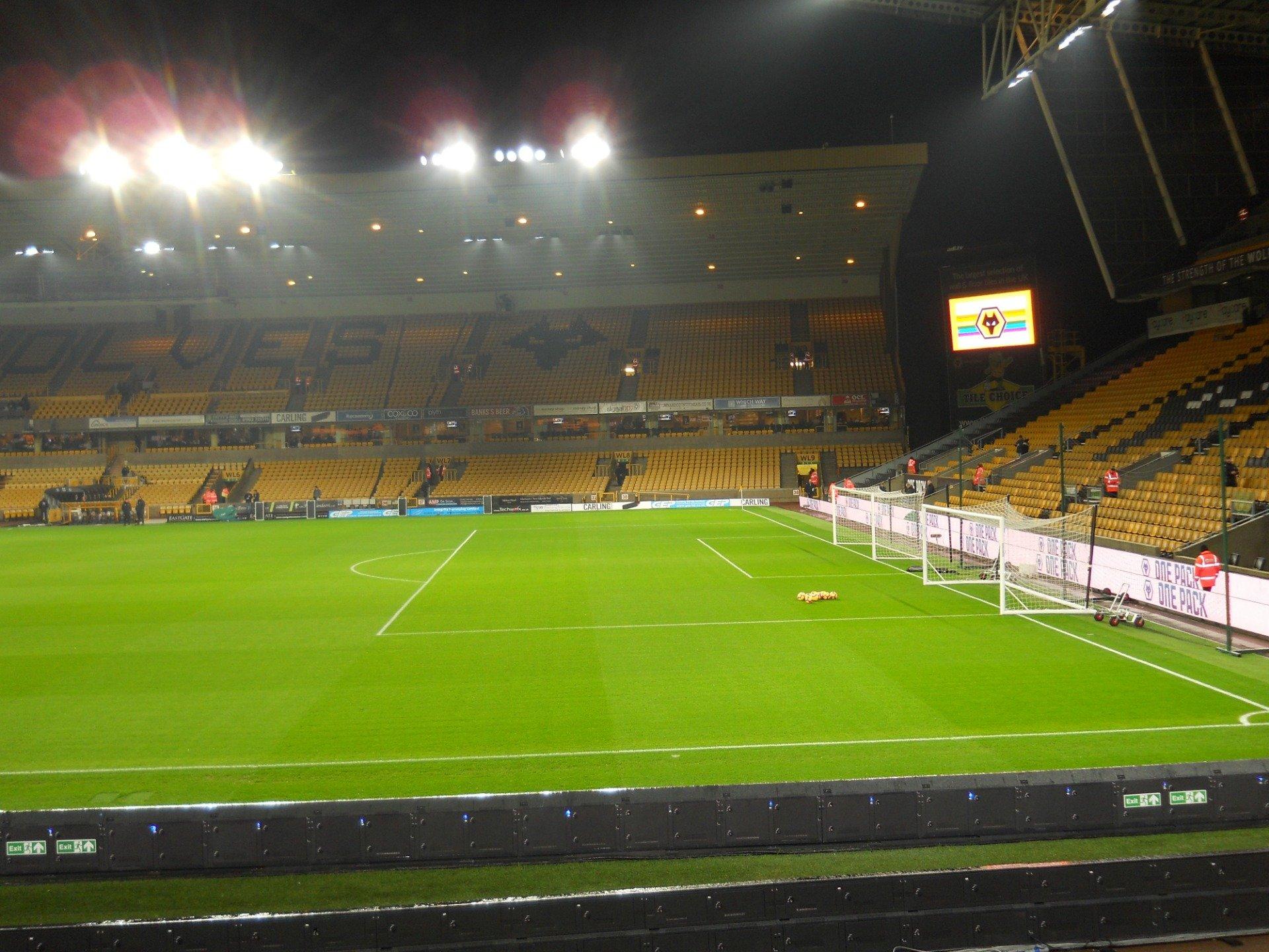 Molineux Stadium Section JL3 Row M Seat 64