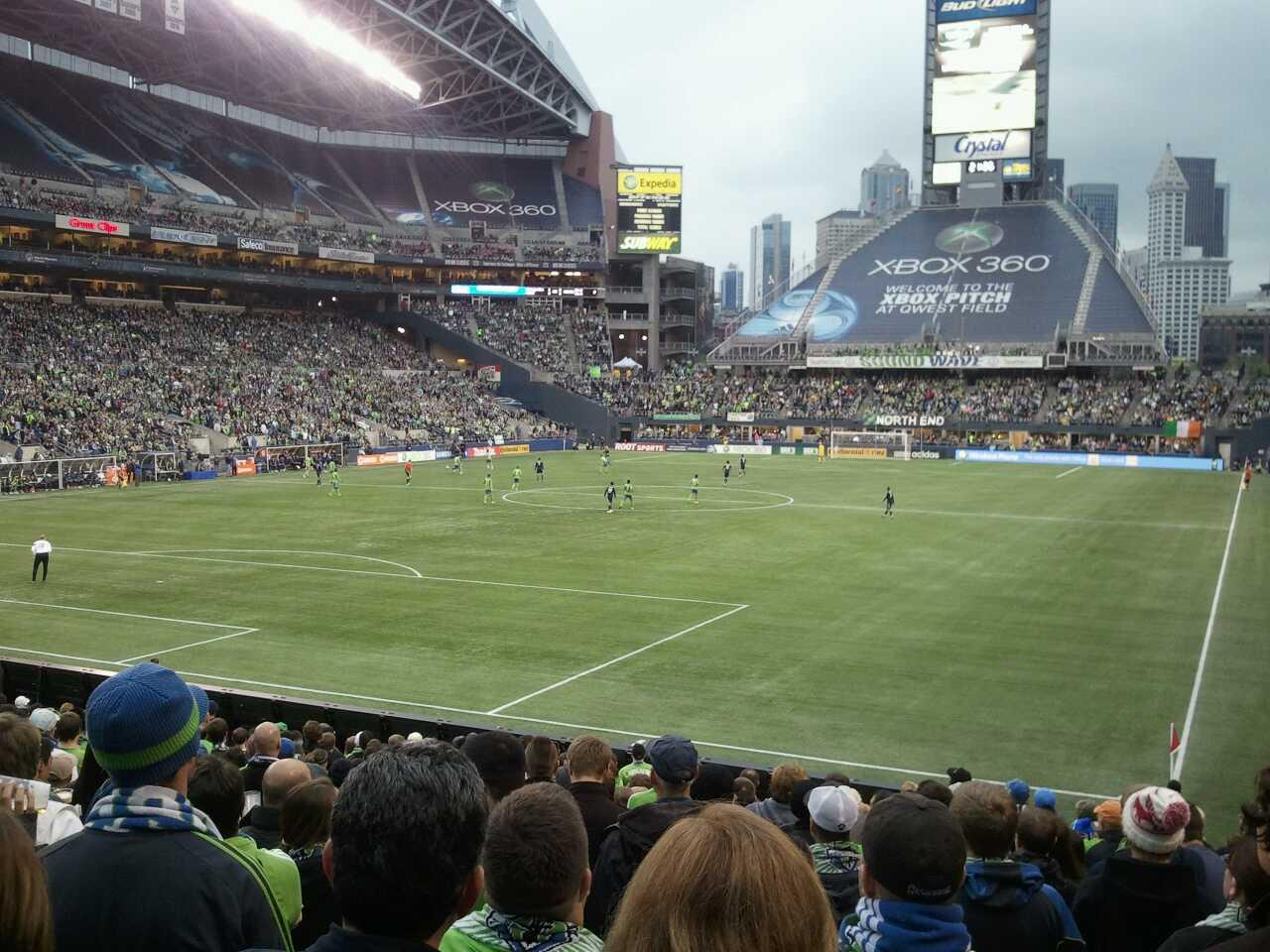 CenturyLink Field Section 118 Row V Seat 12