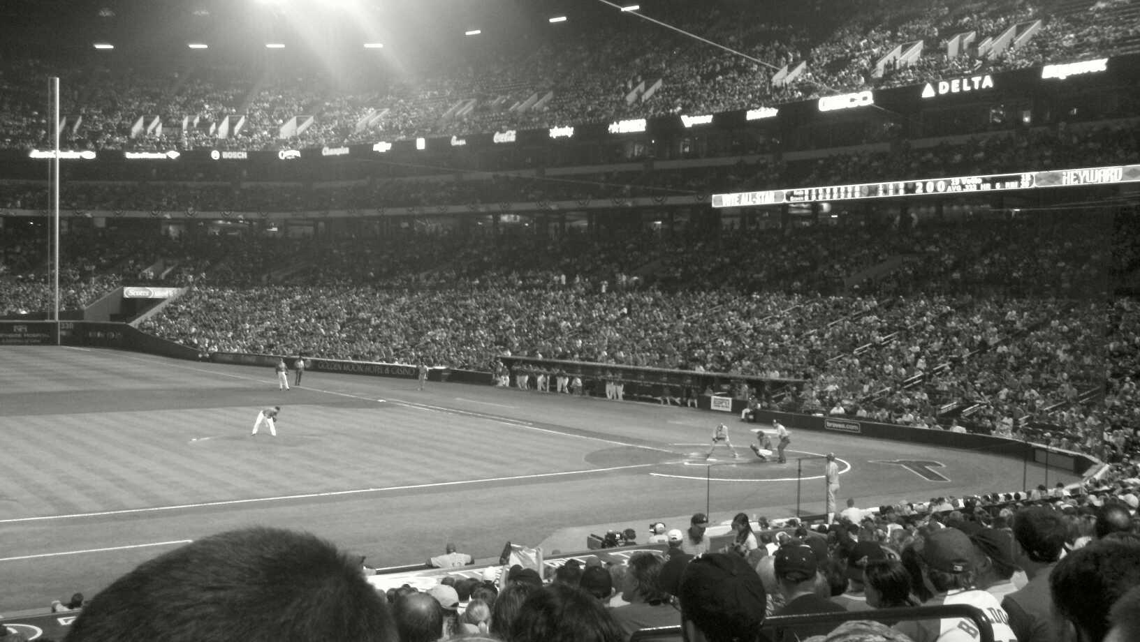 Turner Field Section 114L Row 26 Seat 106