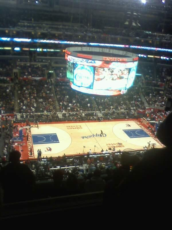 Staples Center Section 302 Row 9