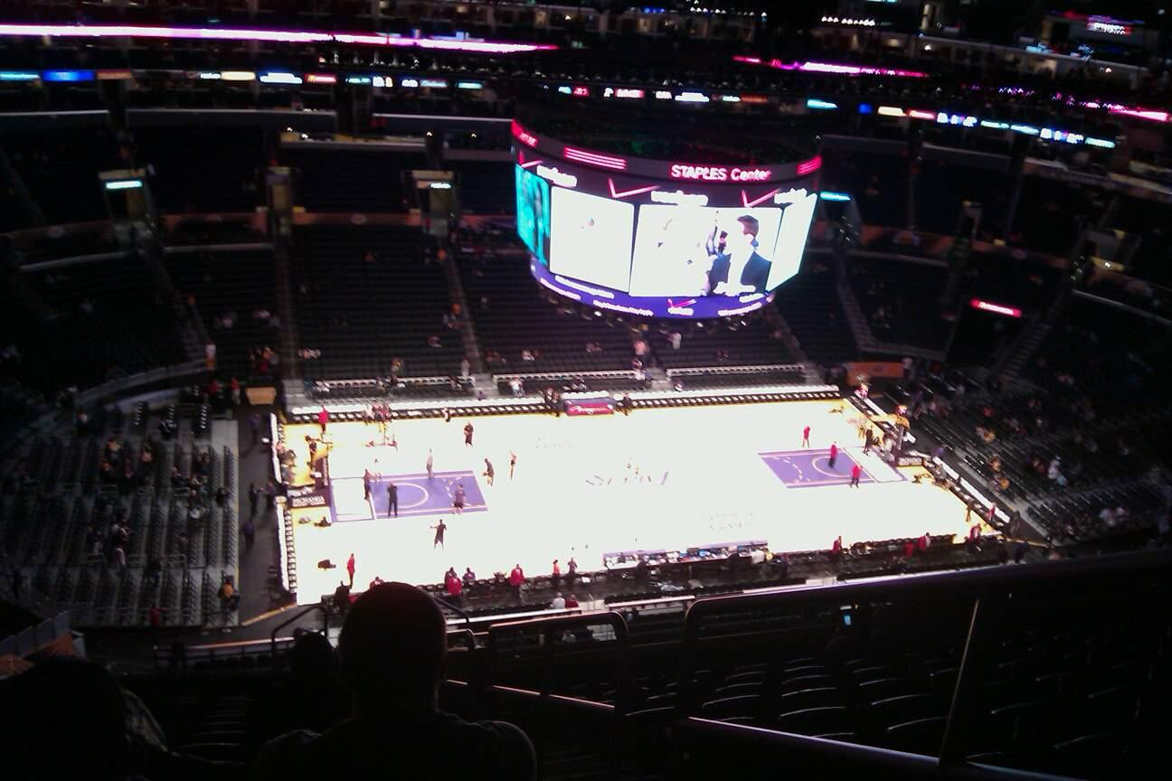 Staples Center Section 303 Row 15 Seat 3