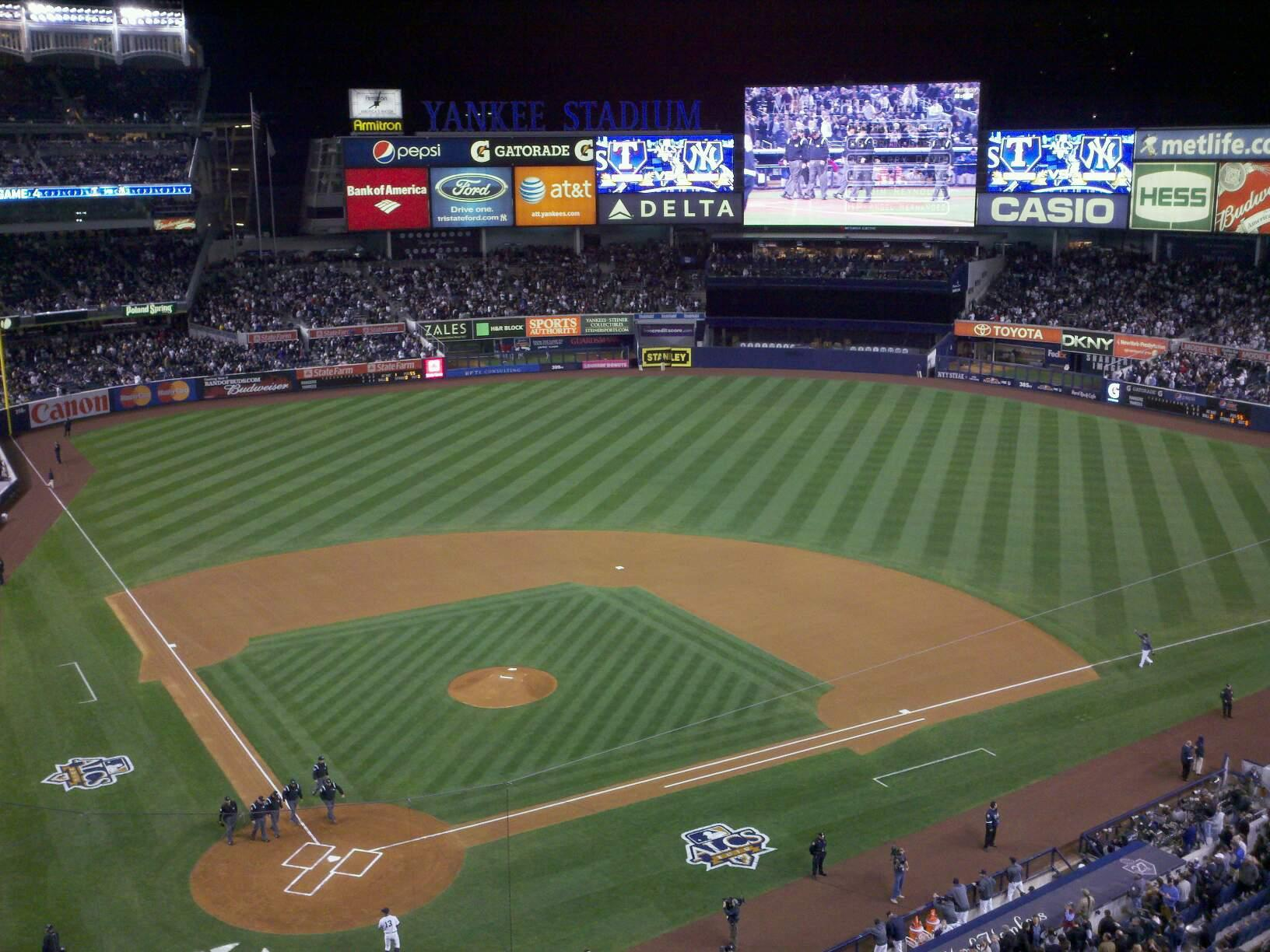 Yankee Stadium Section 319 Row 4 Seat 8