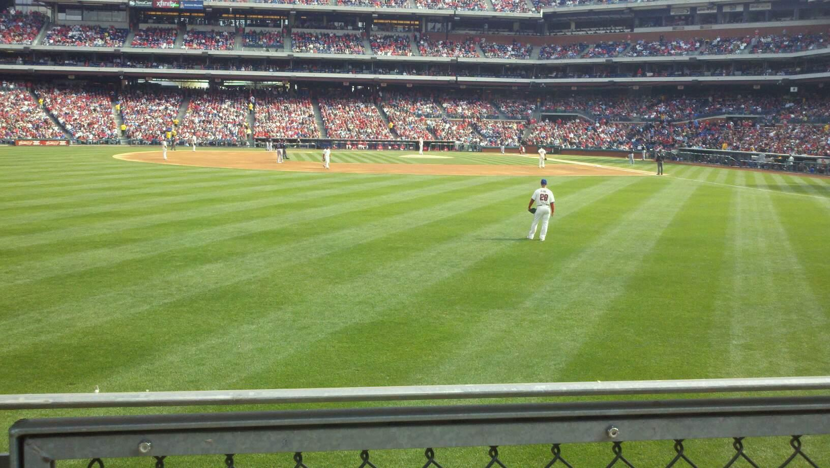 Citizens Bank Park Section 143 Row 1 Seat 18