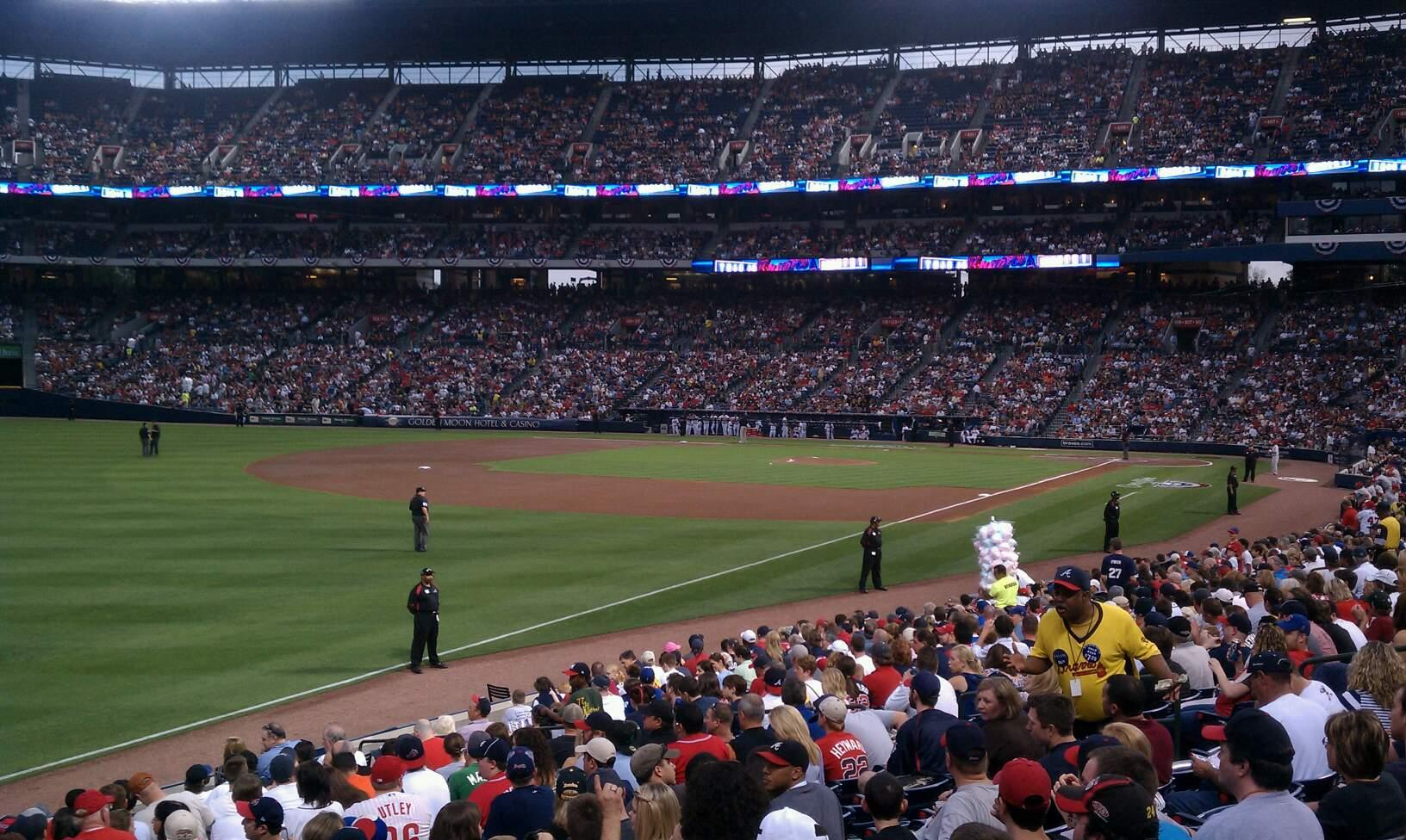 Turner Field Section 126r Row 20 Seat 6