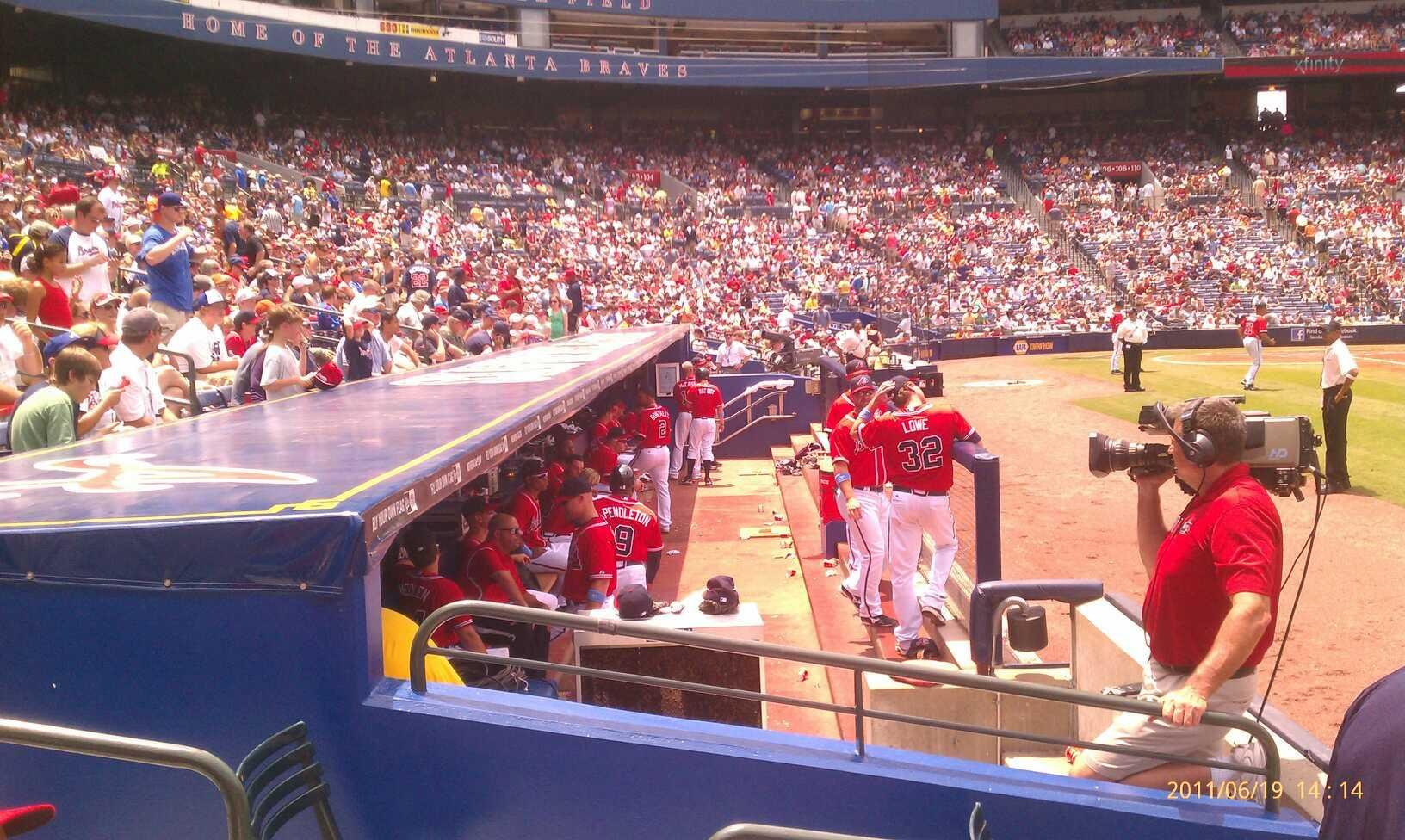 Turner Field Section 117r Row 2 Seat 4