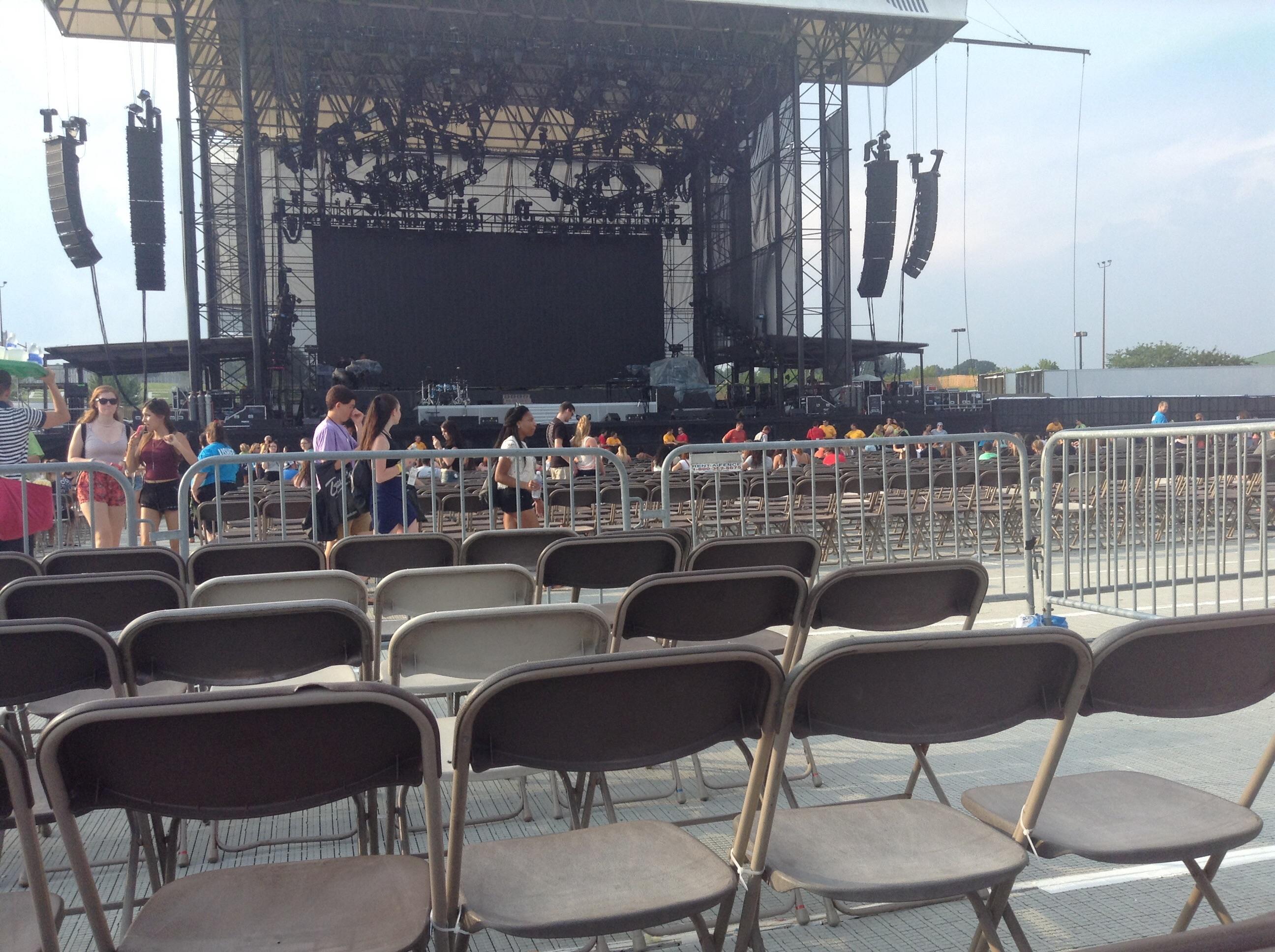 Hershey Park Stadium section E row 38 seat 5 Ariana Grande vs The Honeymoon Tour d Anonymously