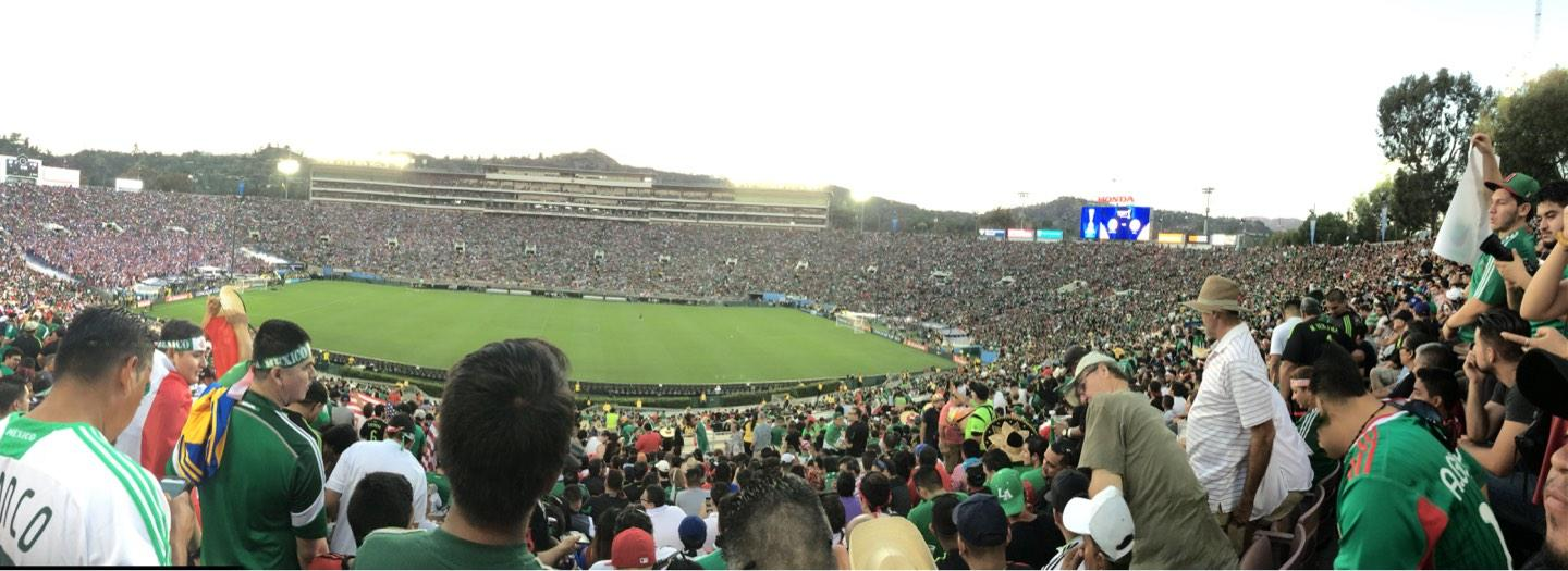 Rose Bowl Section 5-l Row 61 Seat 8