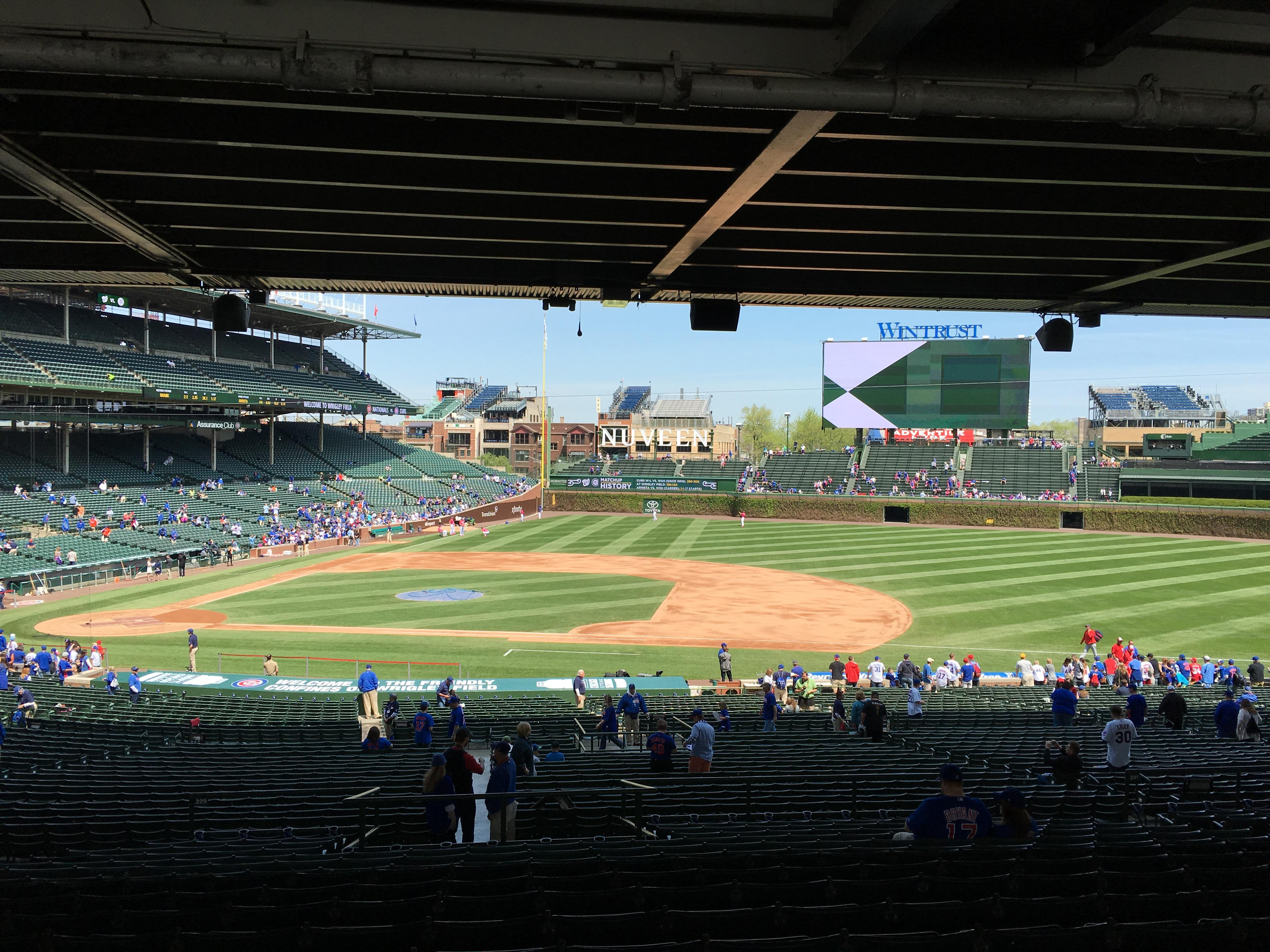 Wrigley Field section 229 row 16 seat 10 Chicago Cubs vs