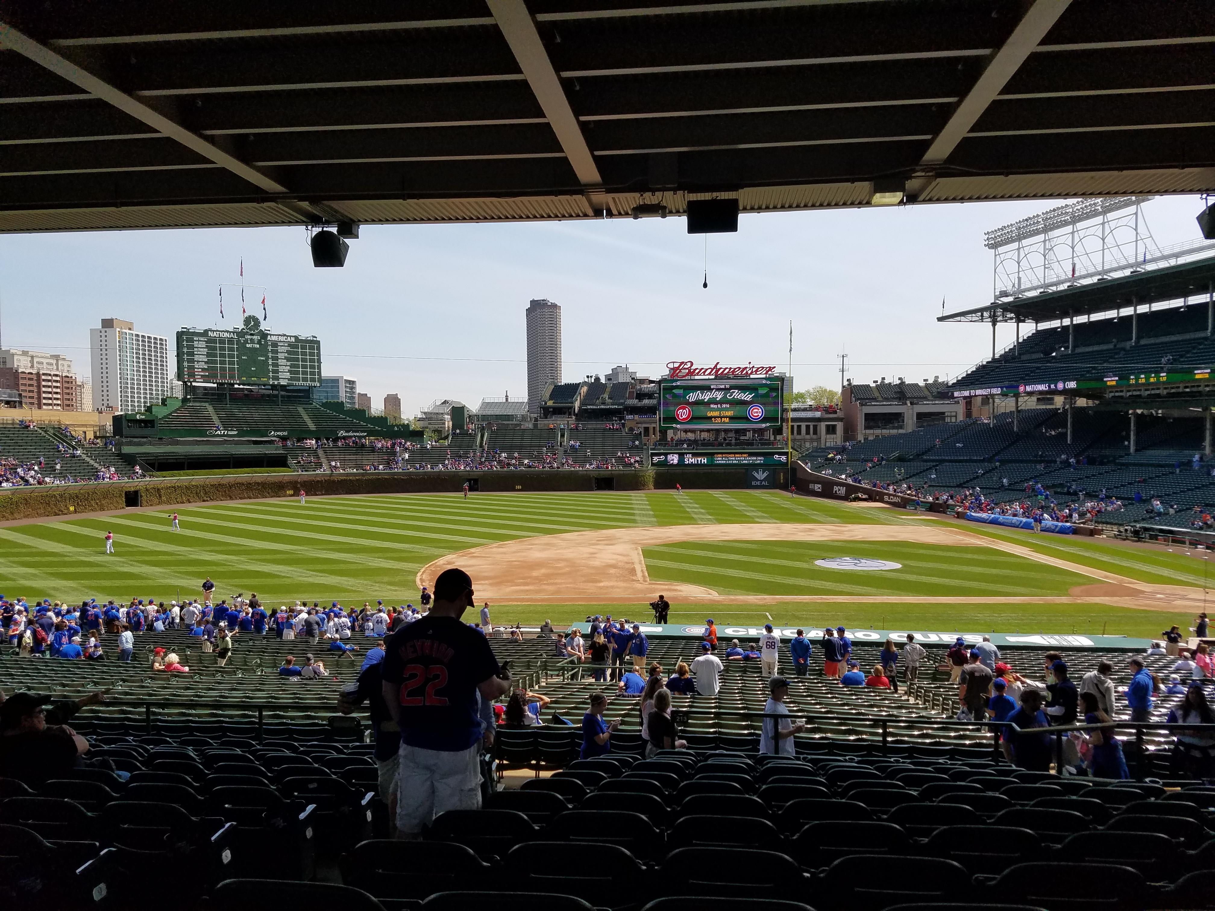 Wrigley Field section 213 row Q3 seat 3 Chicago Cubs vs Washington