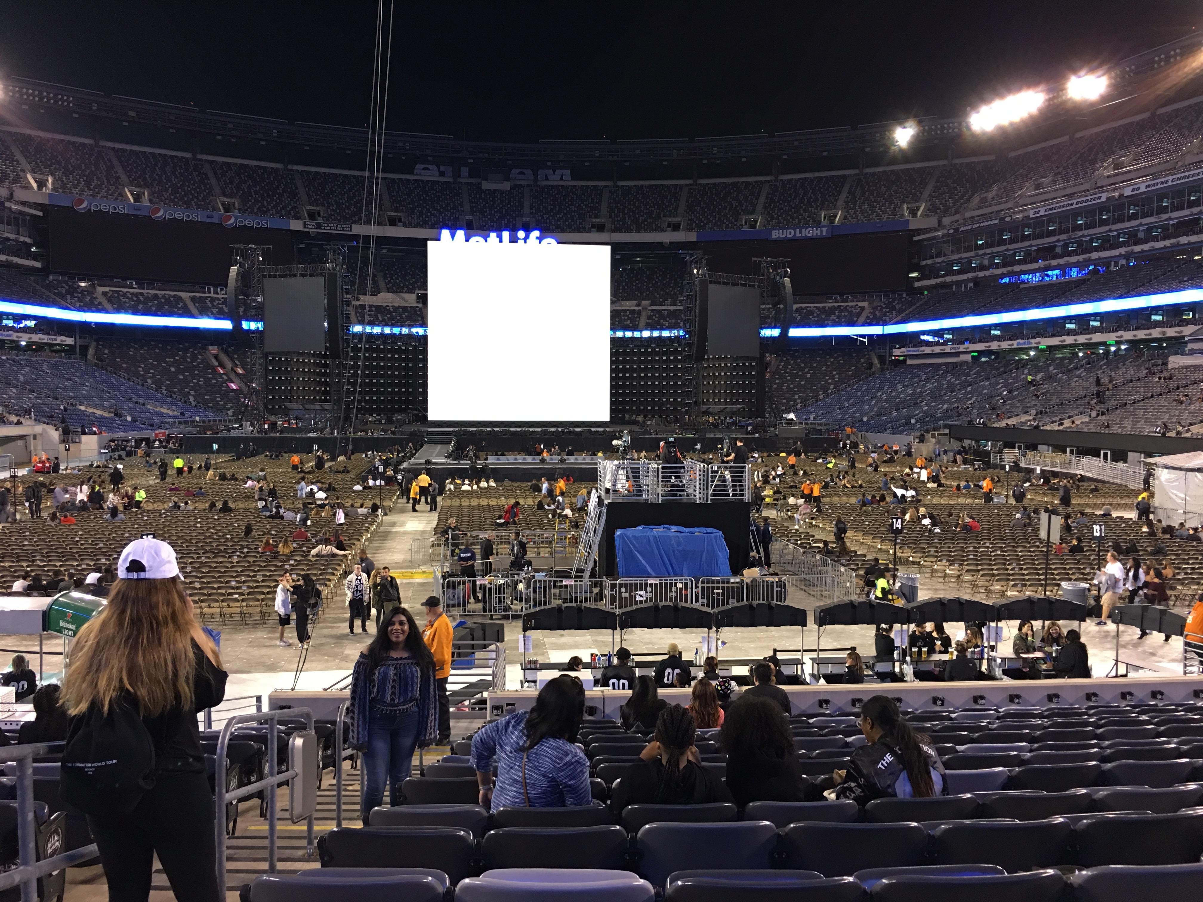 MetLife Stadium Section 126 Row 15 Seat 25,26