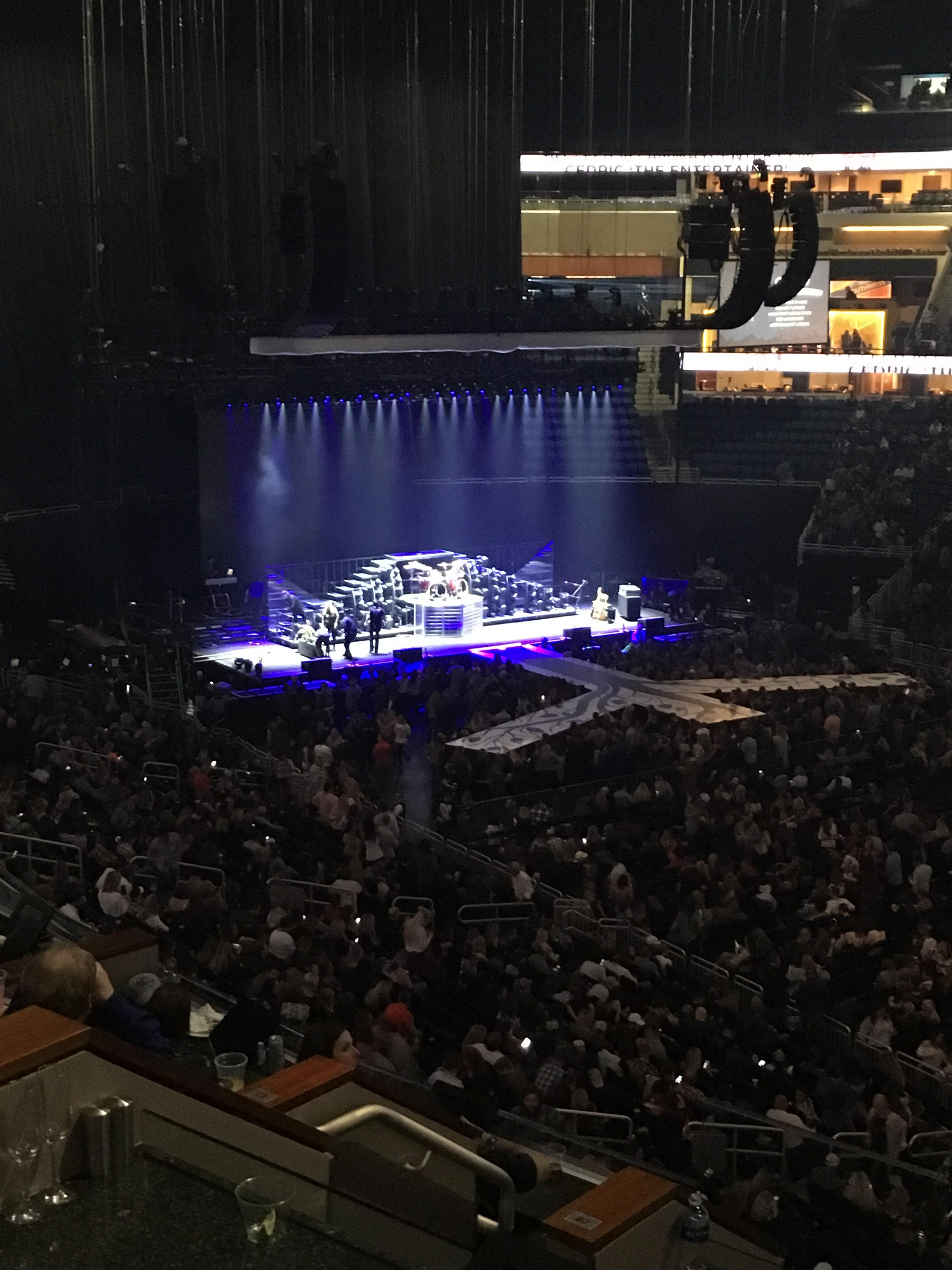 Amway Center Section Loge Box B Row 4 Seat 3