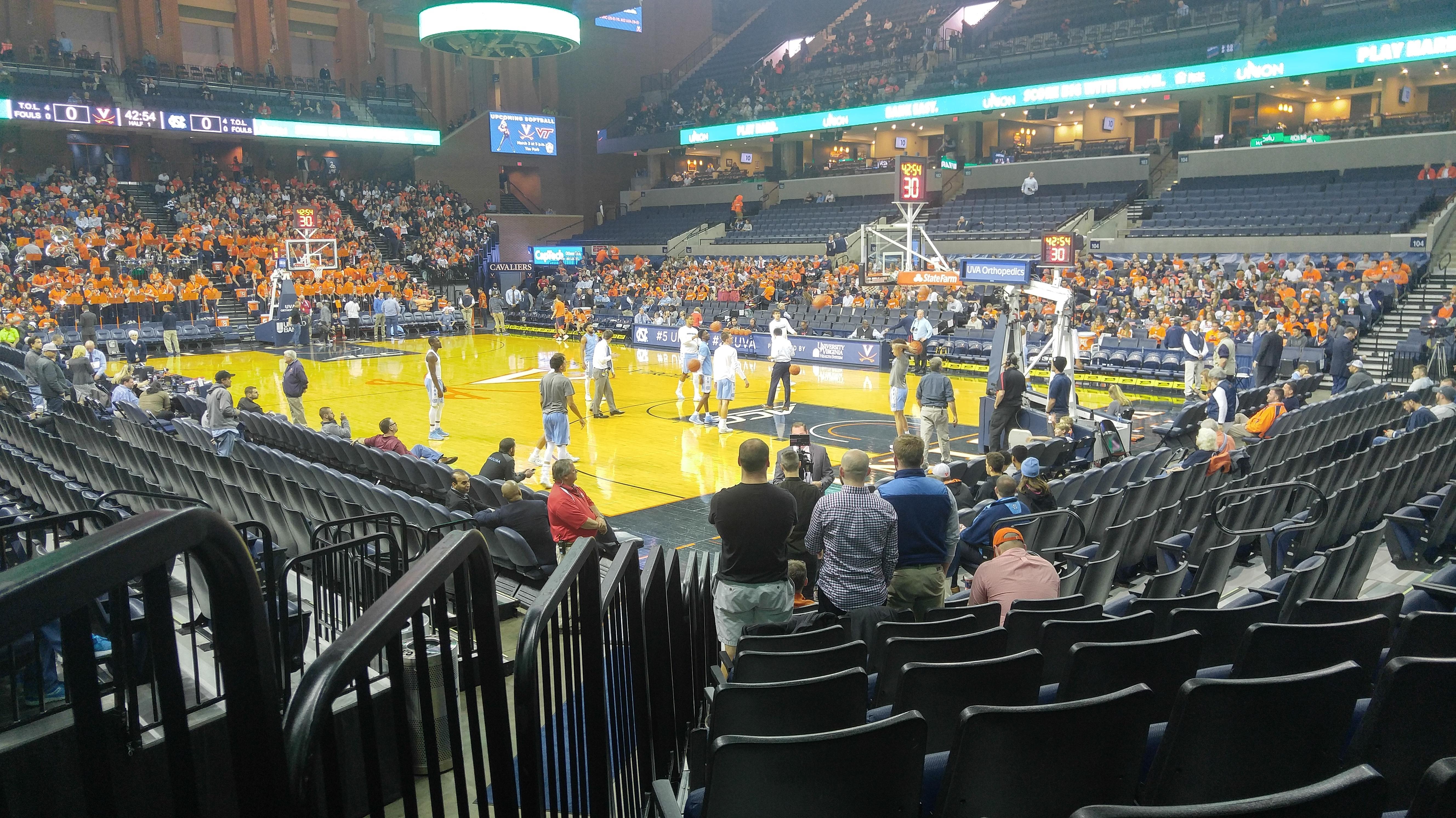 John Paul Jones Arena Section 109 Row L Seat 15