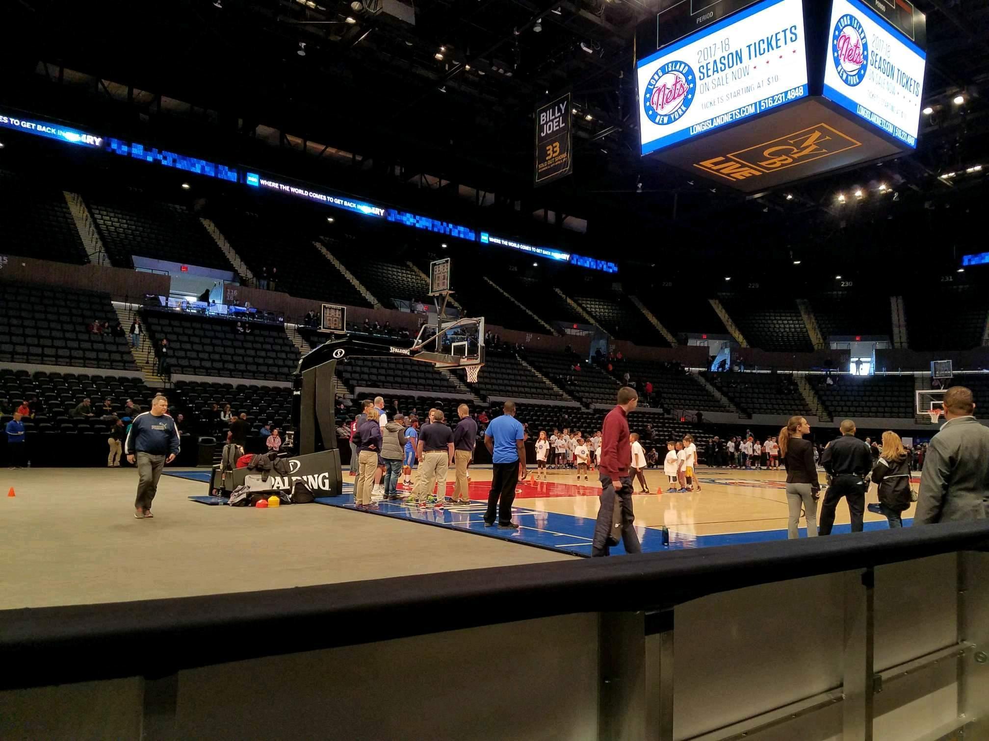Nassau Veterans Memorial Coliseum Section 6 Row 1 Seat 3