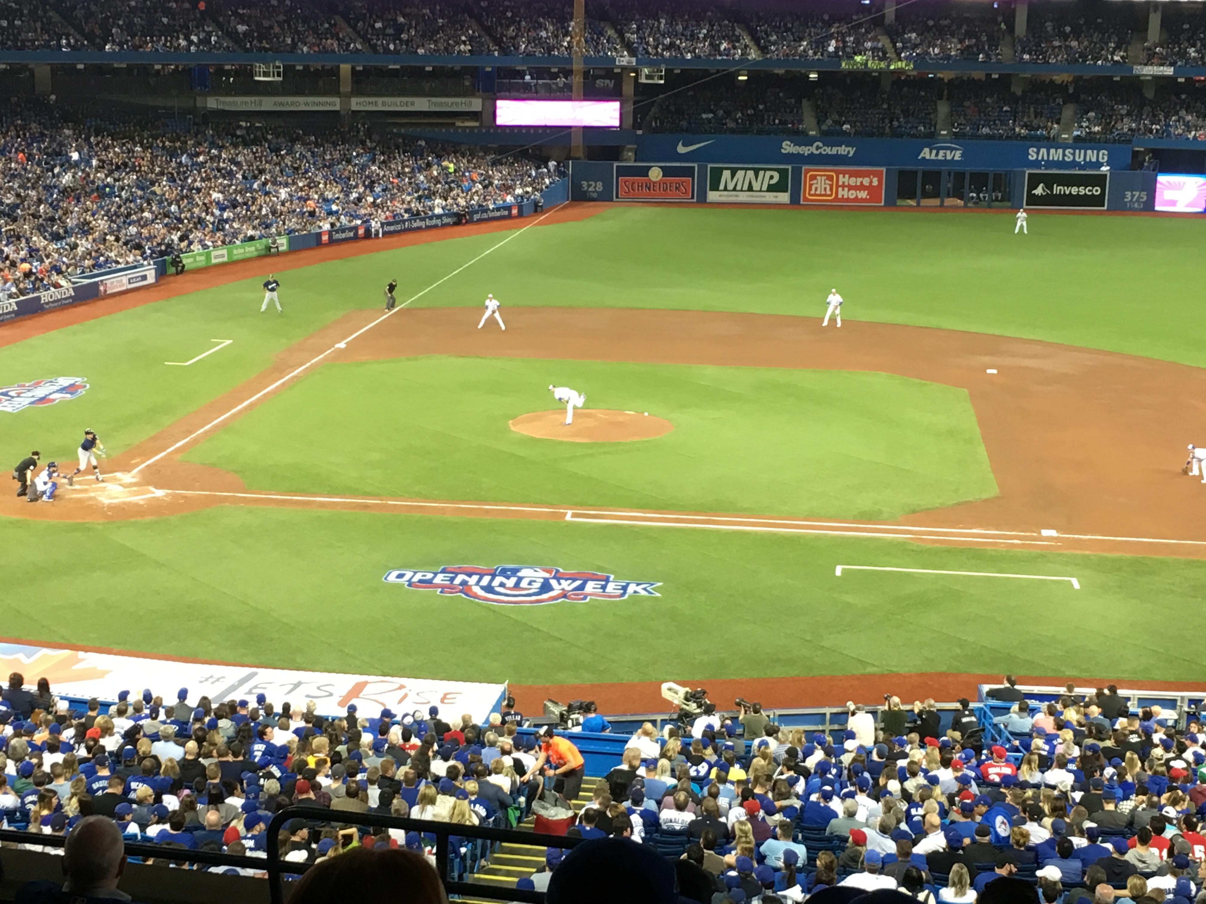 Rogers Centre Section 219L Row 8 Seat 1