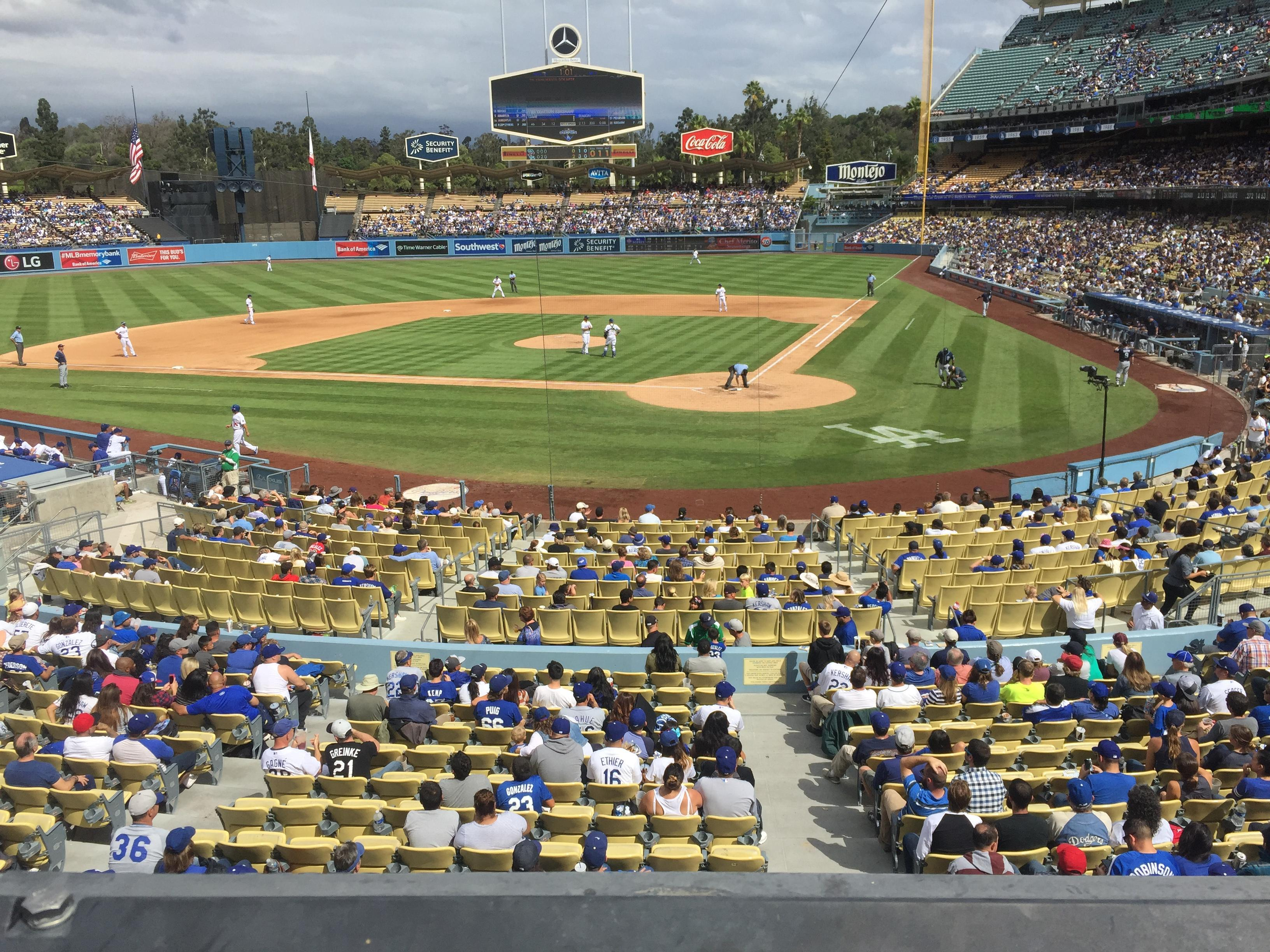 Dodger Stadium Section 113LG Row A Seat 4