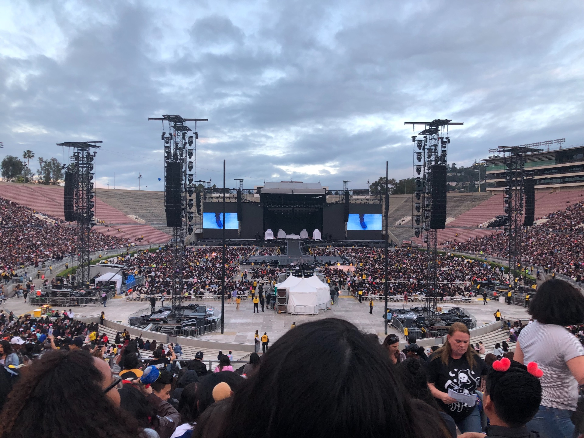 Rose Bowl Section 11-H Row 42 Seat 121