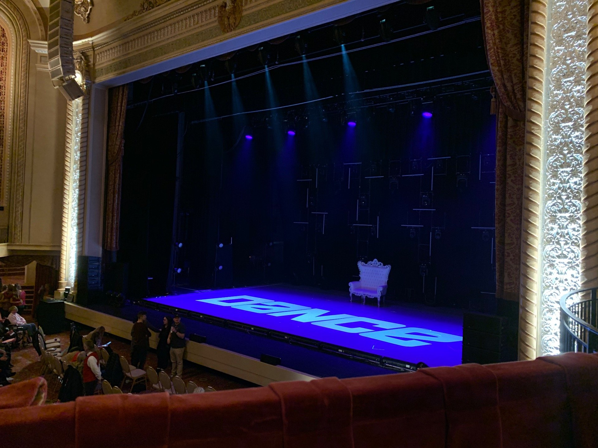 Genesee Theatre Section LOGER Row A Seat 104
