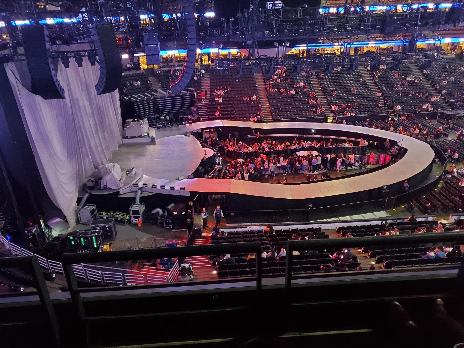 Honda Center Section 414 Row B Seat 3