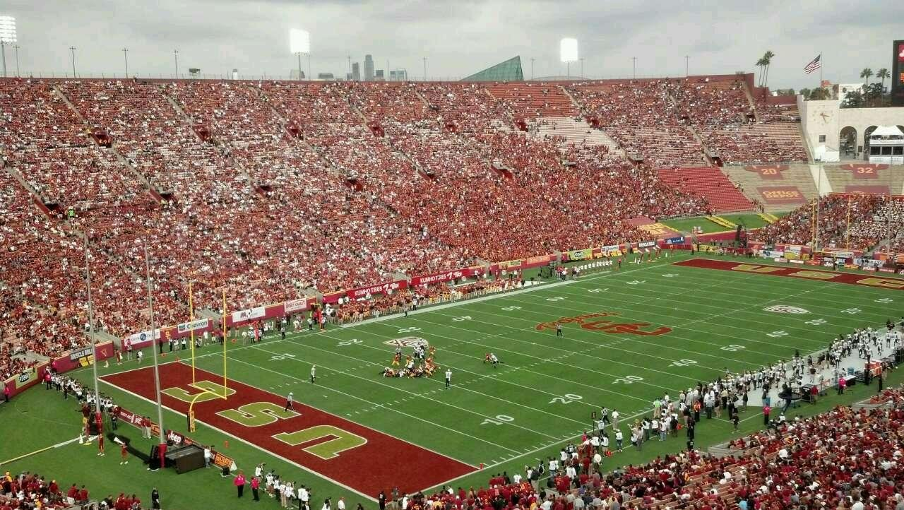 「los angeles memorial coliseum」の画像検索結果