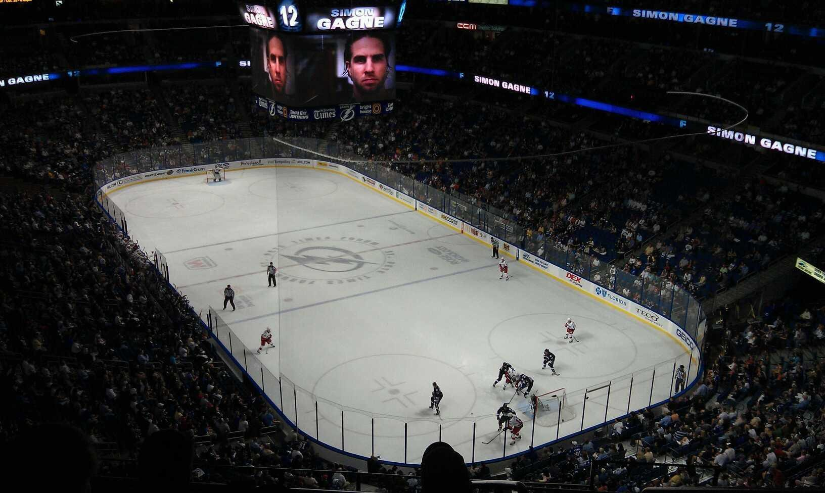 Amalie Arena Section 325 Row B Seat 10