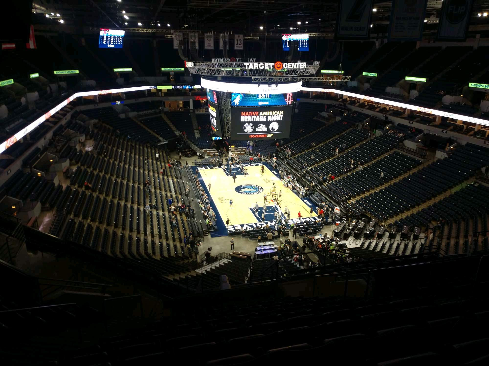 Target Center Section 203 Row S Seat 8