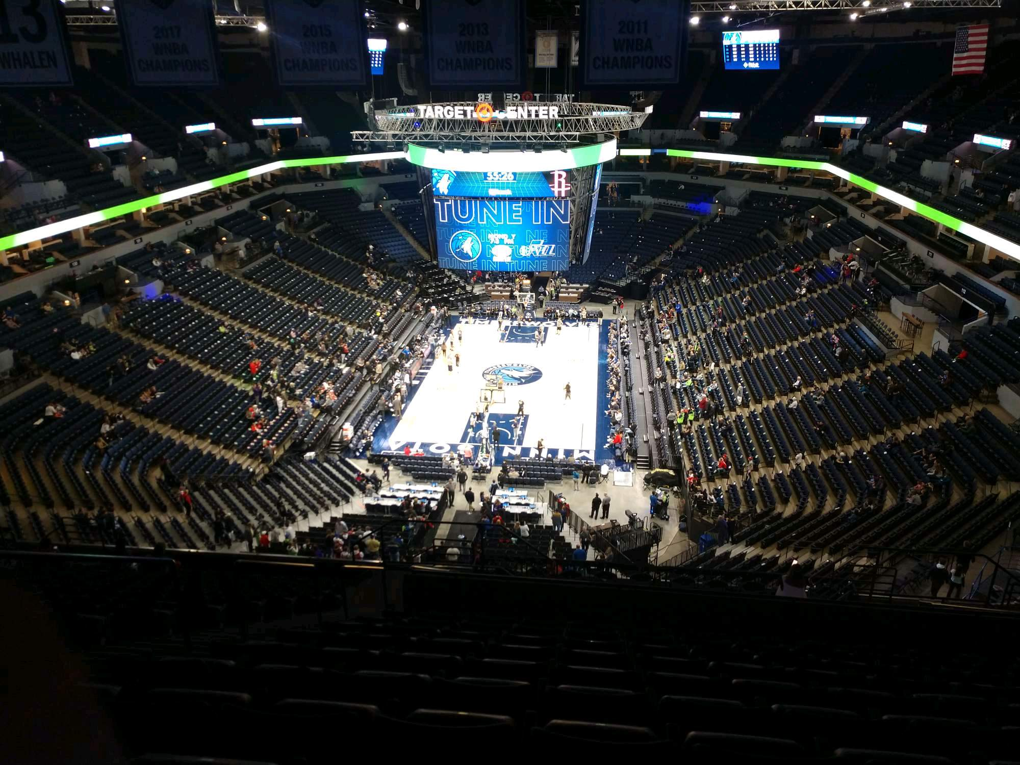 Target Center Section 220 Row T Seat 10
