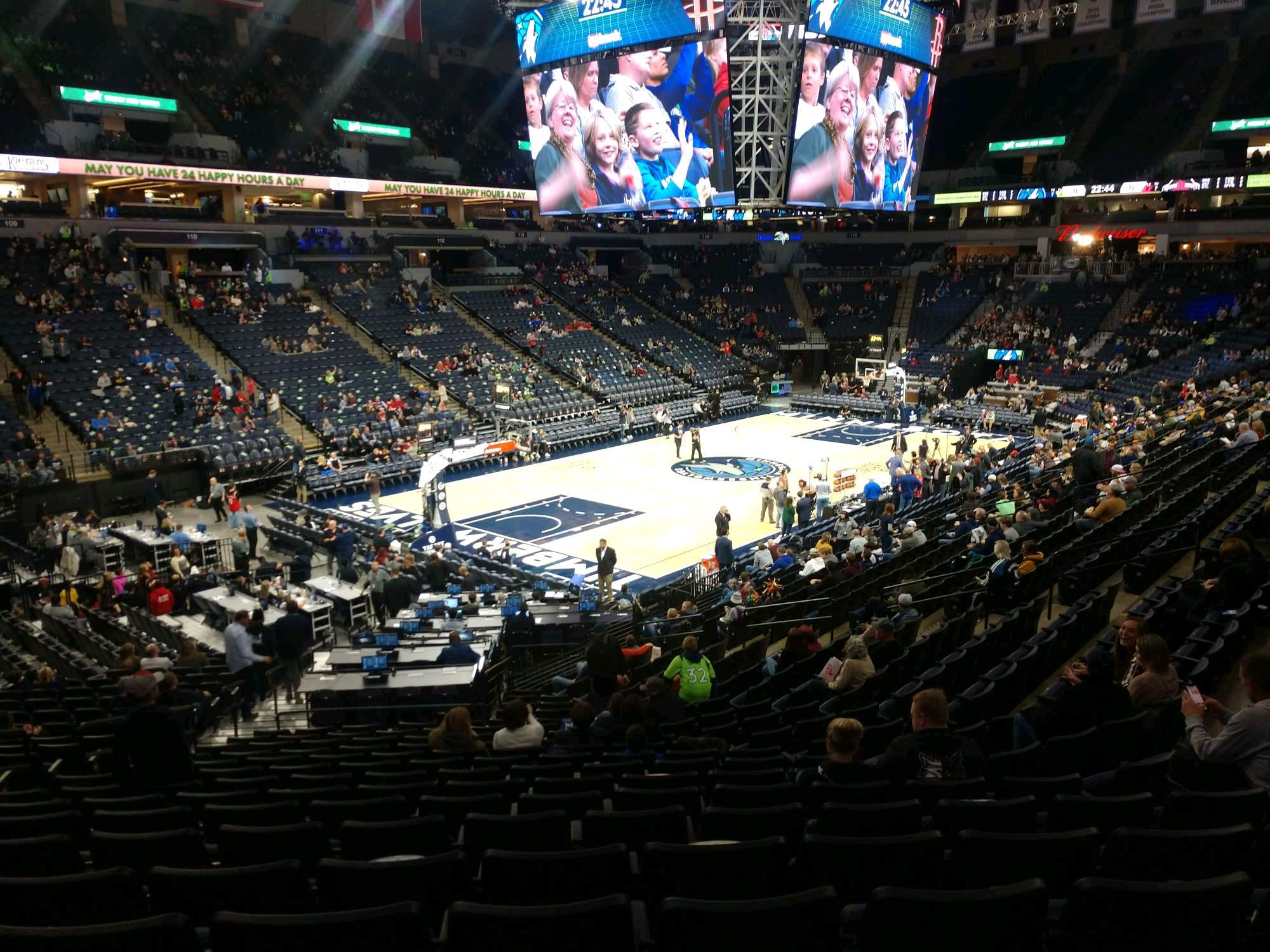 Target Center Section 136 Row V Seat 25