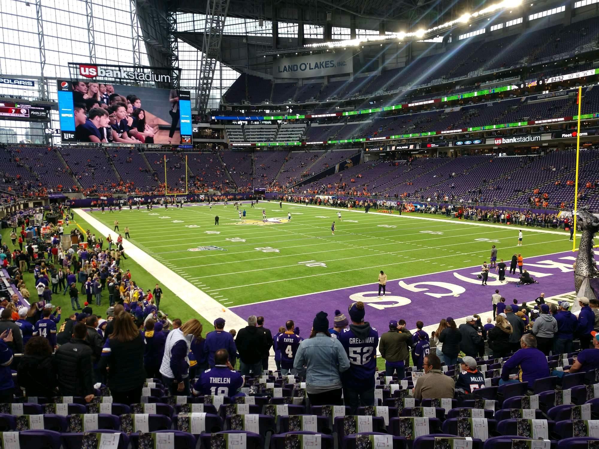 U.S. Bank Stadium Section 122 Row 17 Seat 21