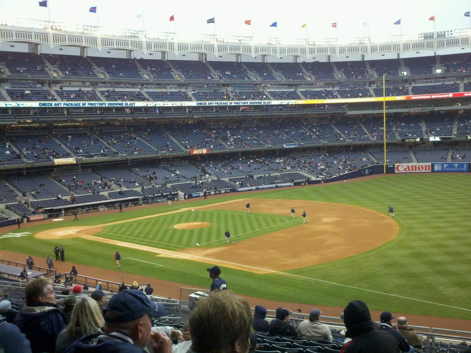 Yankee Stadium Section 212 Row 13 Seat 13