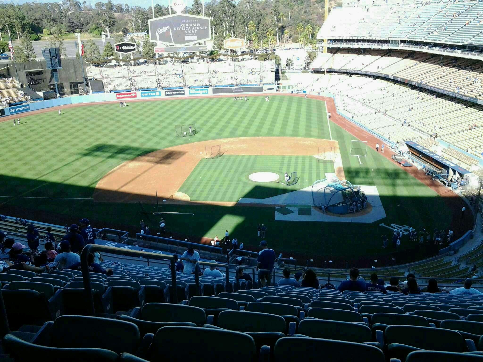 Dodger Stadium Section 9rs Row T Seat 22