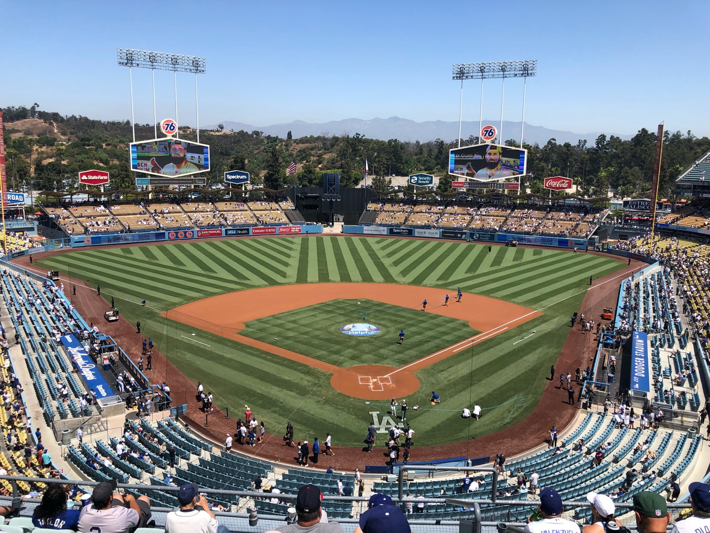 Dodger Stadium Section 3RS Row H Seat 1