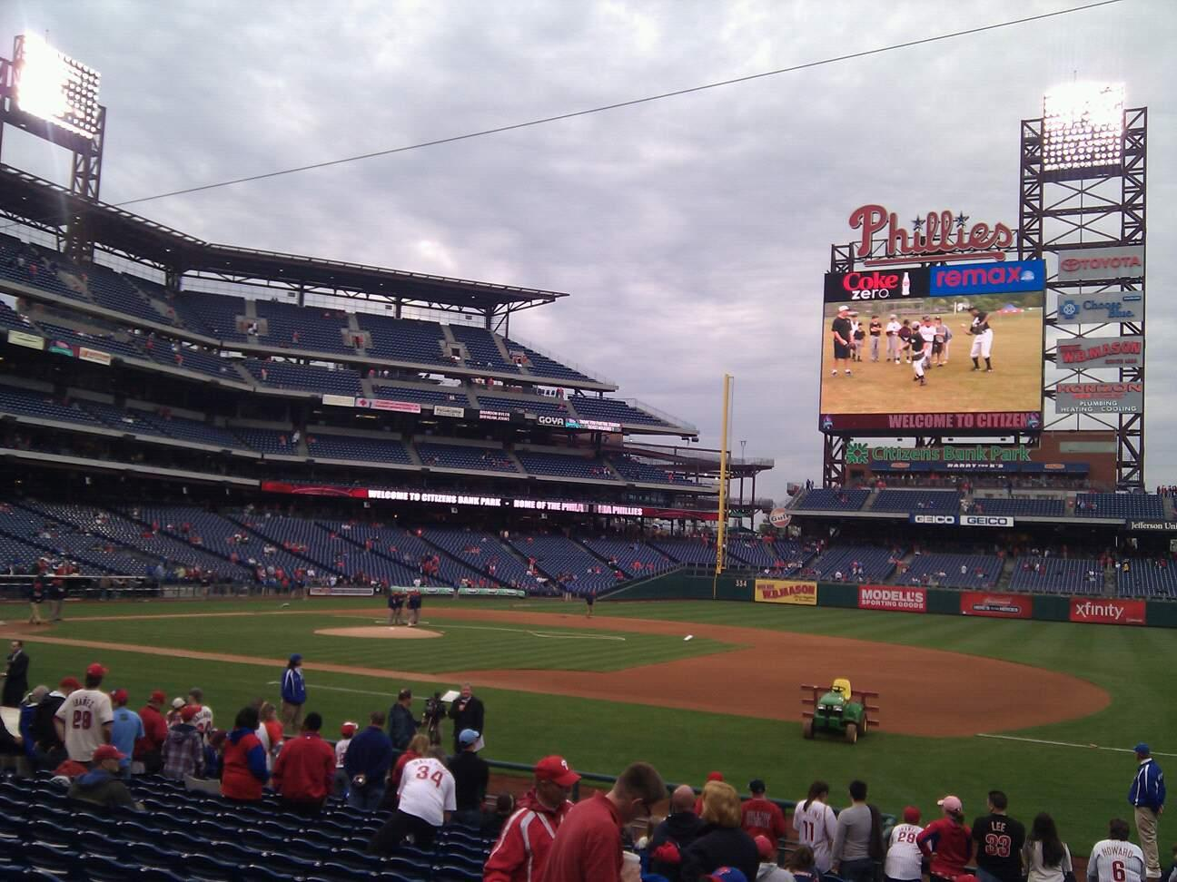 Citizens Bank Park Section 114 Row 16 Seat 12