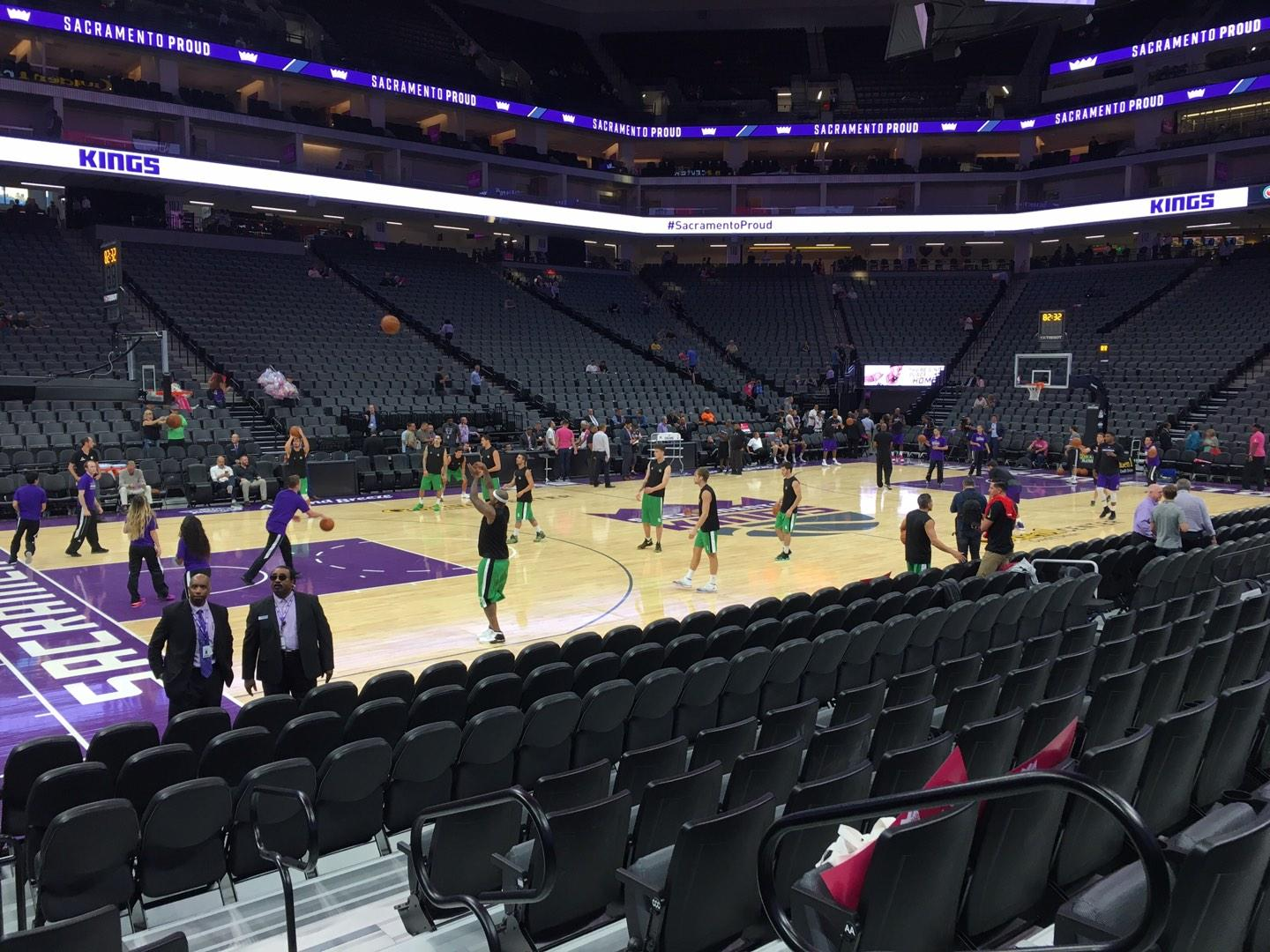 Golden 1 Center Section 122 Row Cc Seat 1