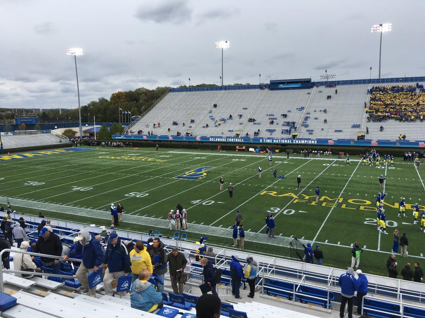 Delaware Stadium Section B Row R Seat 20