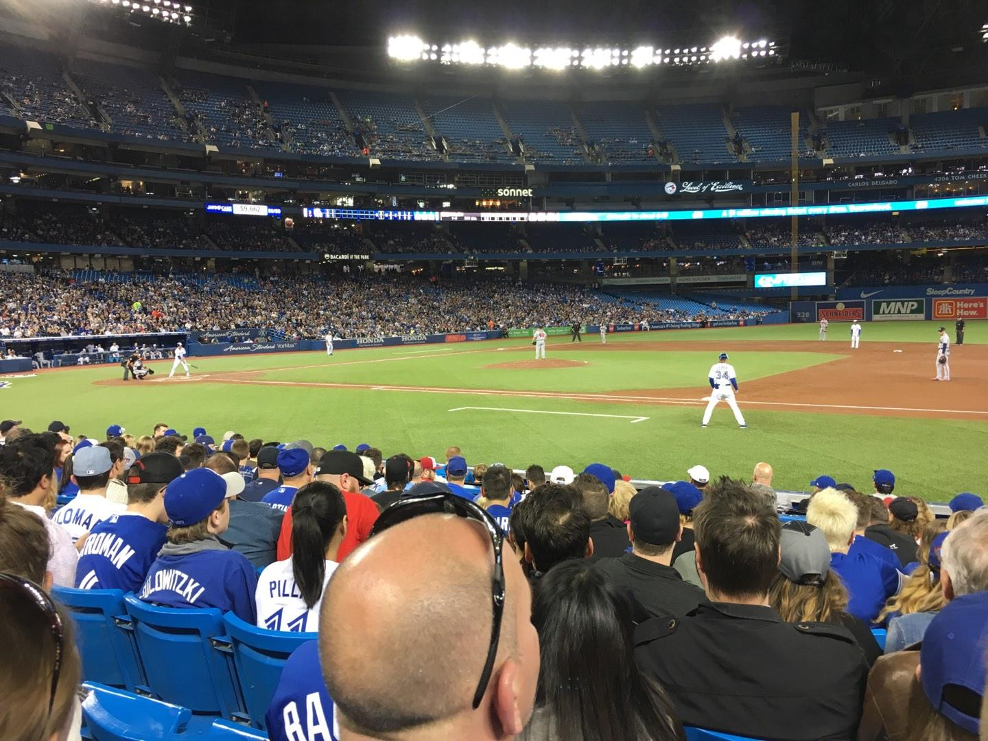Rogers Centre Section 115L Row 11 Seat 105