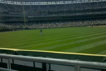 Guaranteed Rate Field Section 162 Row 1 Seat 5