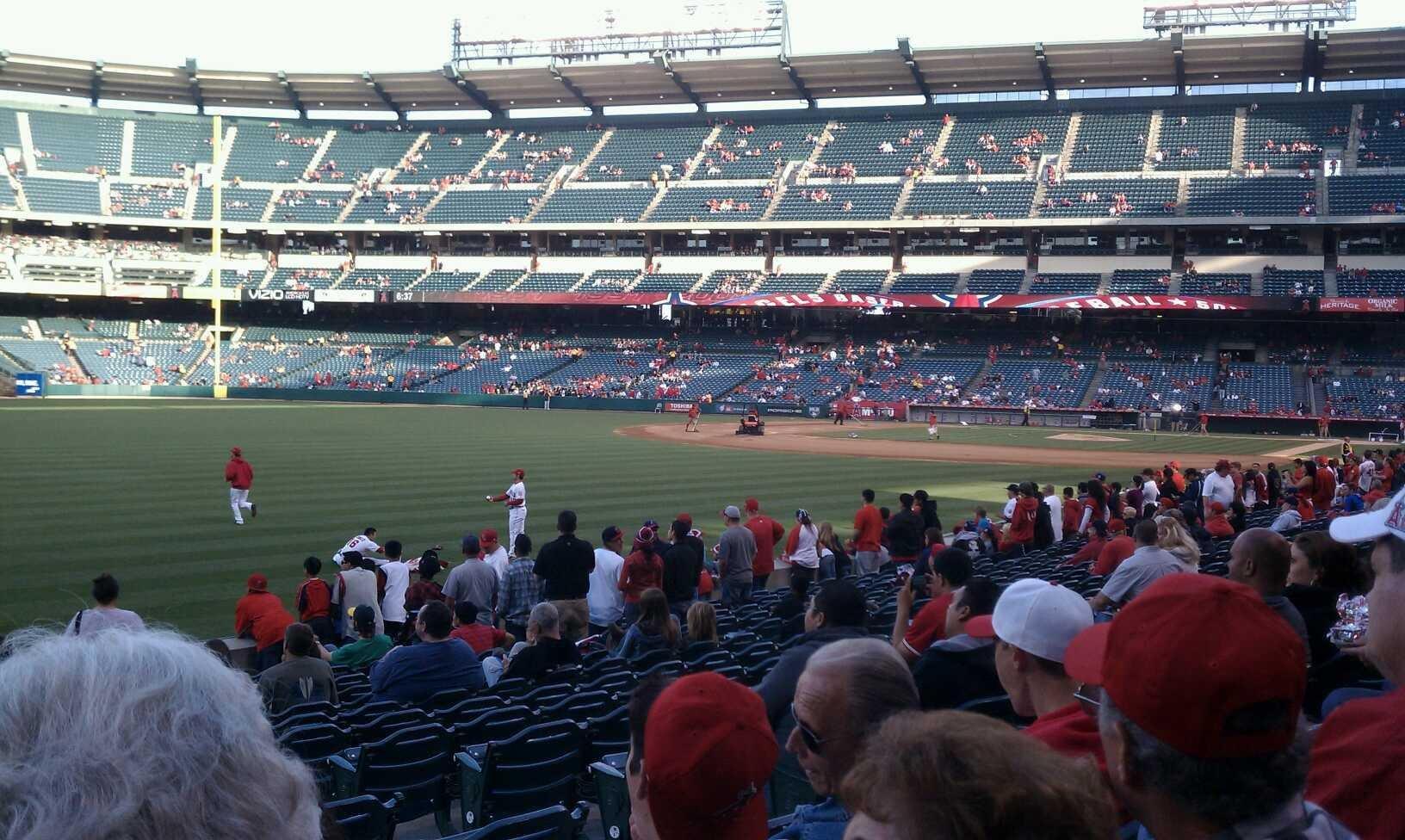 Angel Stadium Section F103 Row r Seat 17