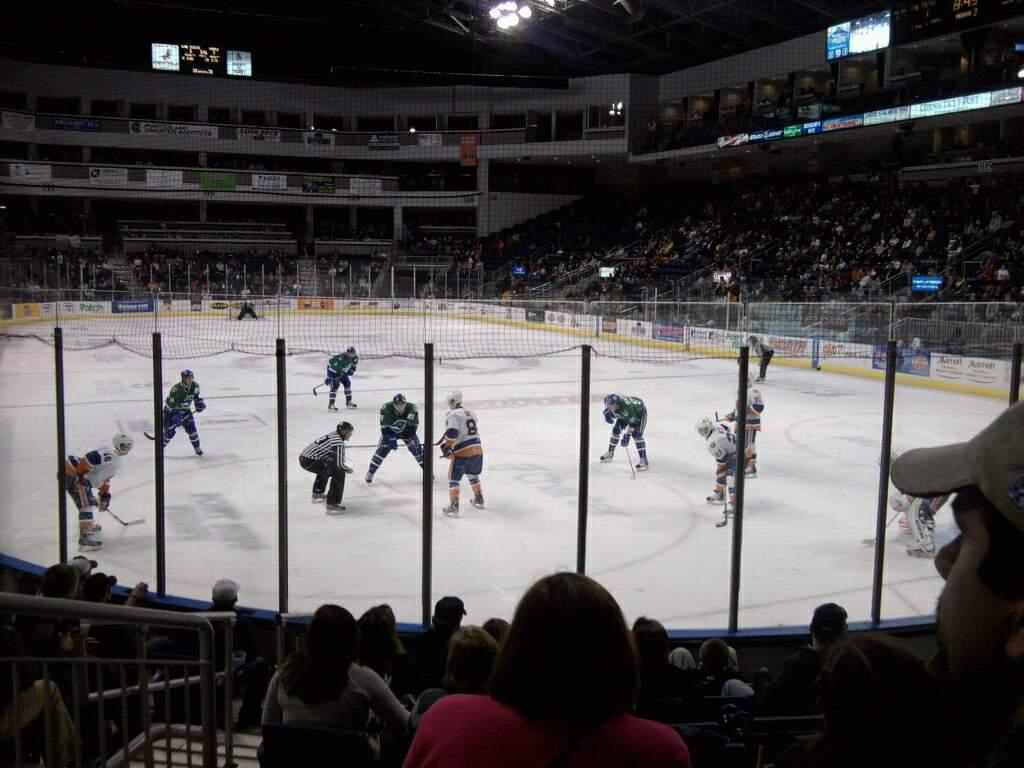 Webster Bank Arena Section 119 Row d Seat 10
